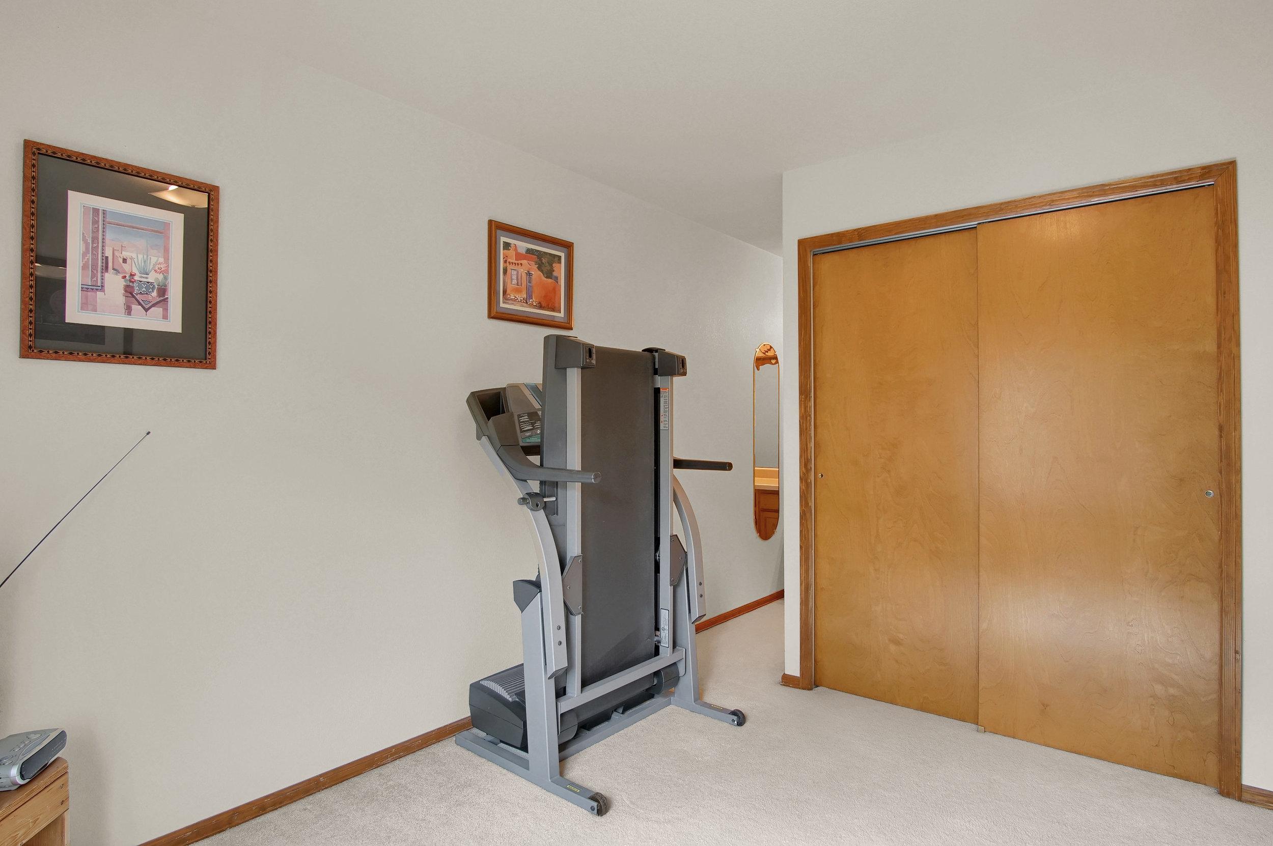 680 Echo Lane Colorado Springs-print-026-023-Bedroom-3008x2000-300dpi.jpg