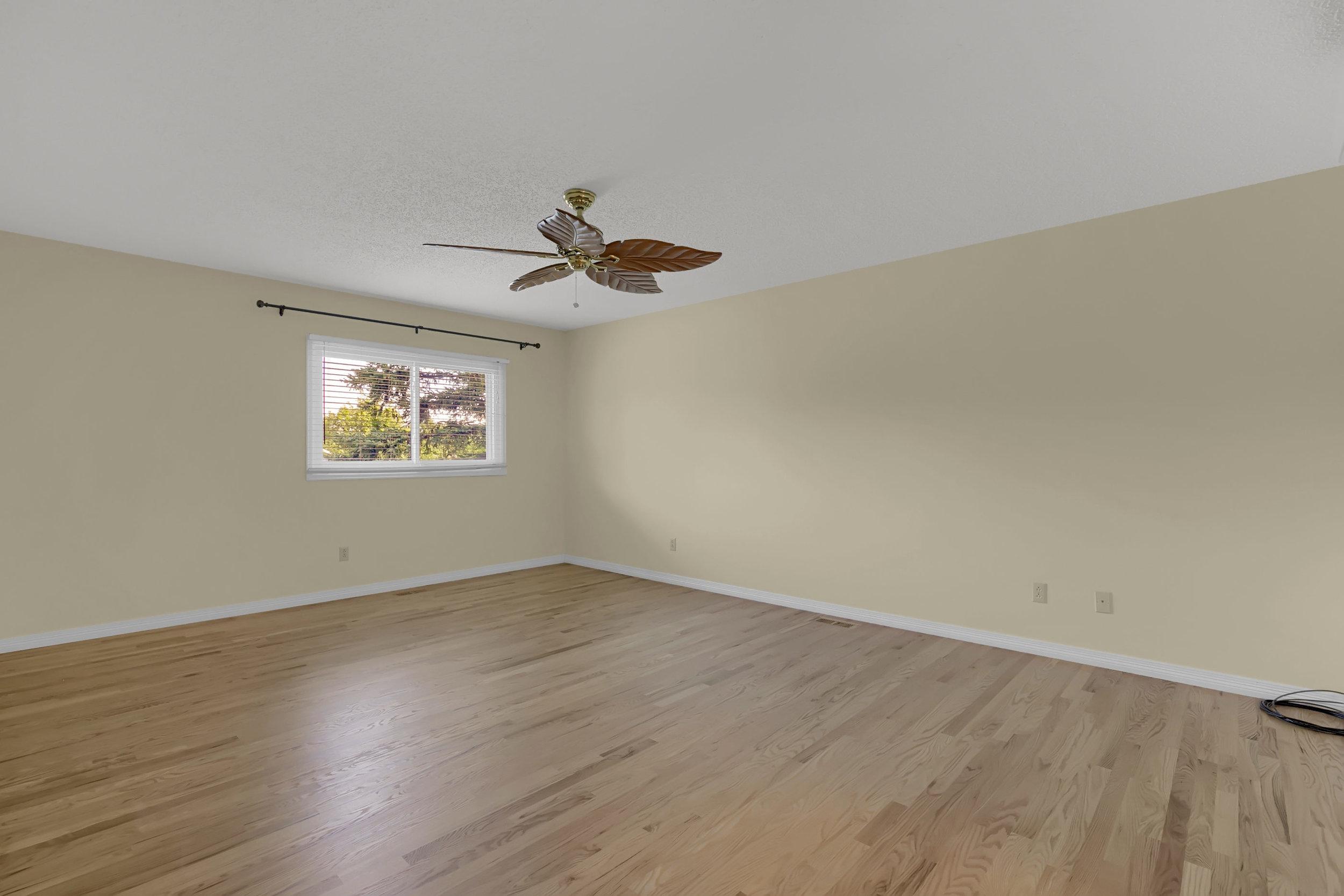 4215 Stonehaven Dr Colorado-print-030-026-Bedroom-2800x1867-300dpi.jpg