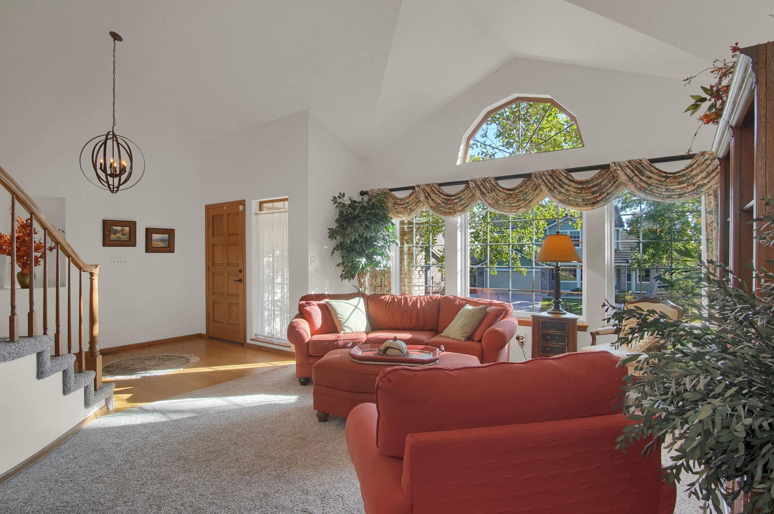 4919 Nightshade Cir Colorado-print-013-003-Living Room-3008x2000-300dpi.jpg