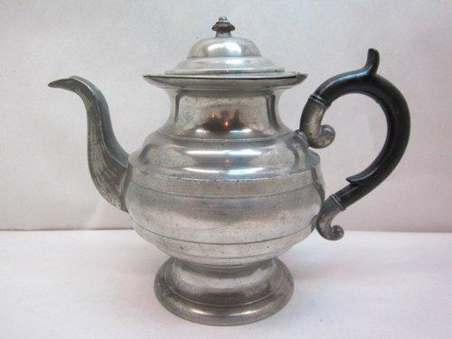 griswold connecticut teapot  item #br-826