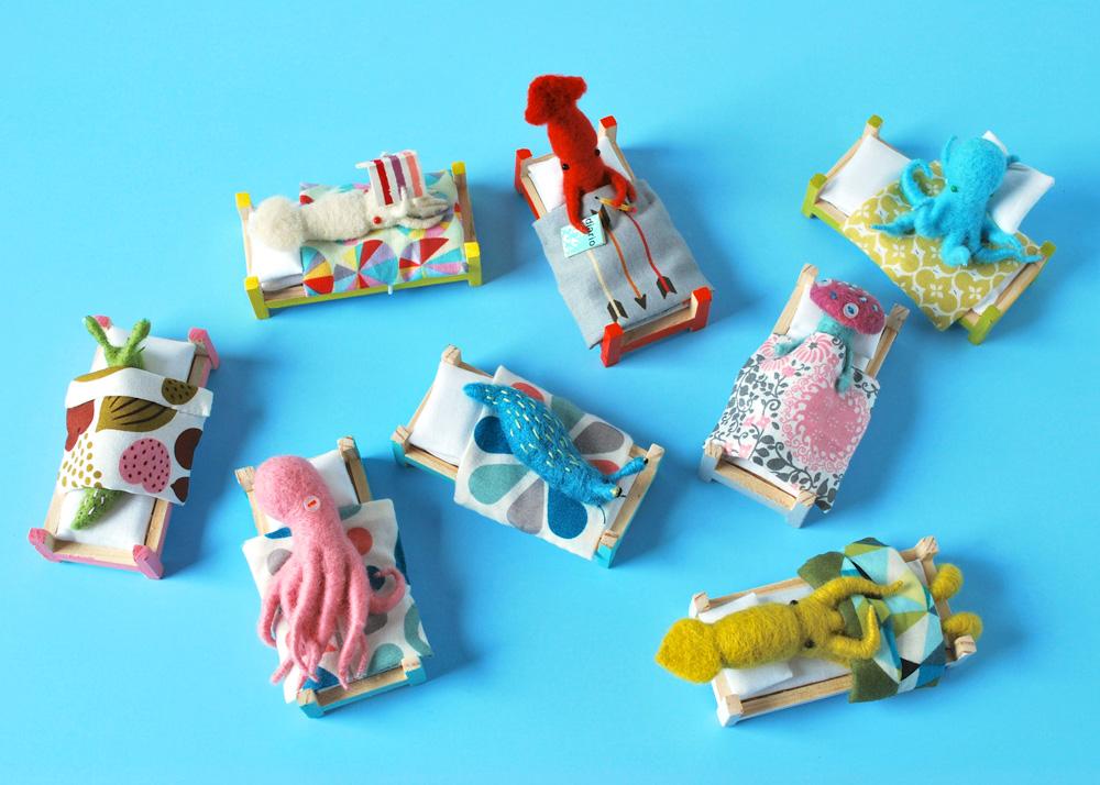 hine-mizushima-invertebrate-sleep-habits-felt-sculptures.jpg