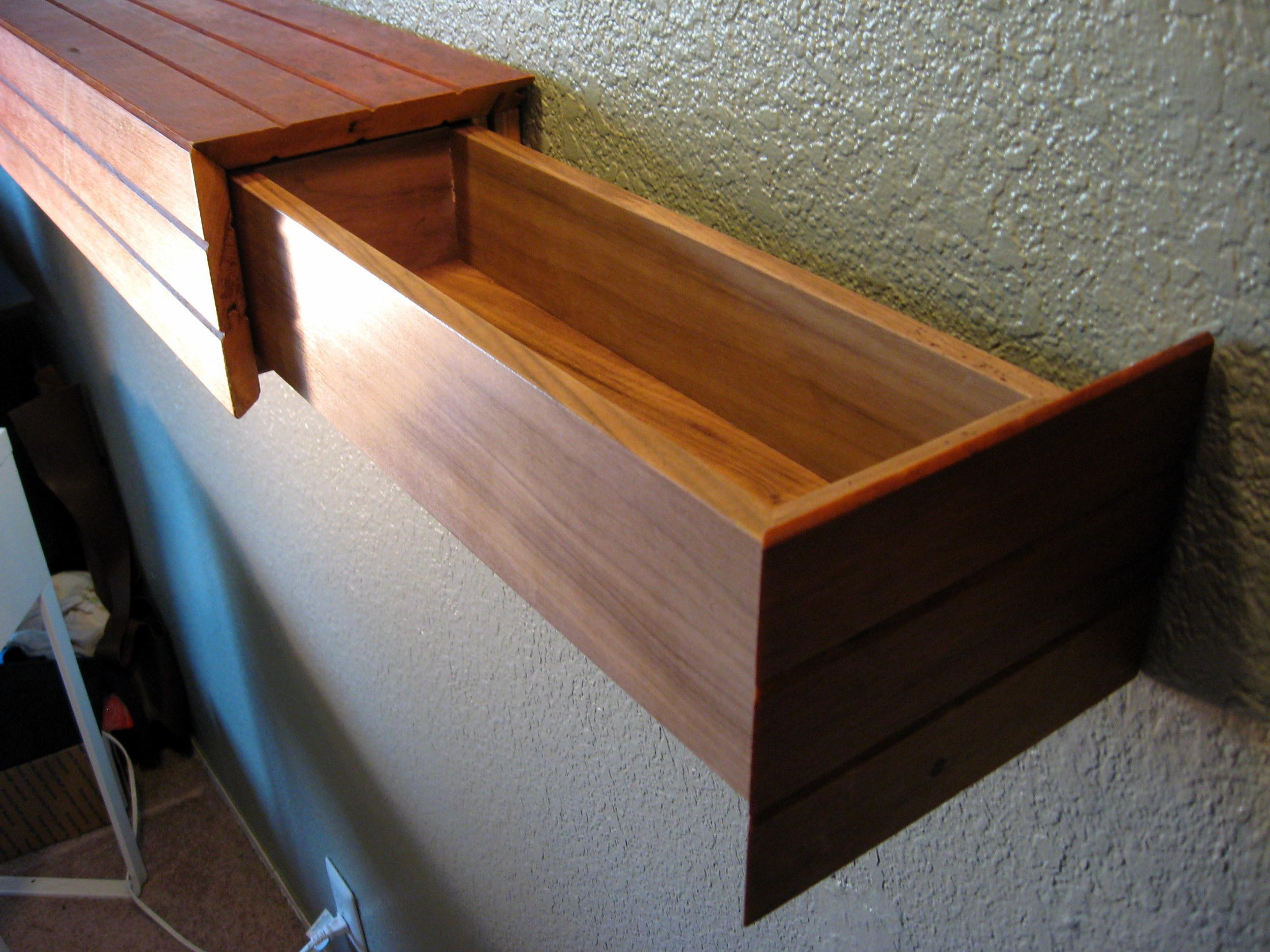 piston fit drawer
