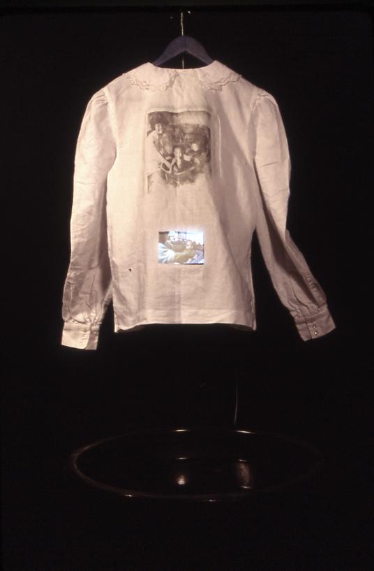 Lineage shirt002@0.jpg