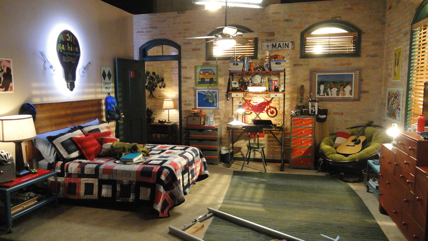 Will Cloud's (Luke Benward) basement bedroom.