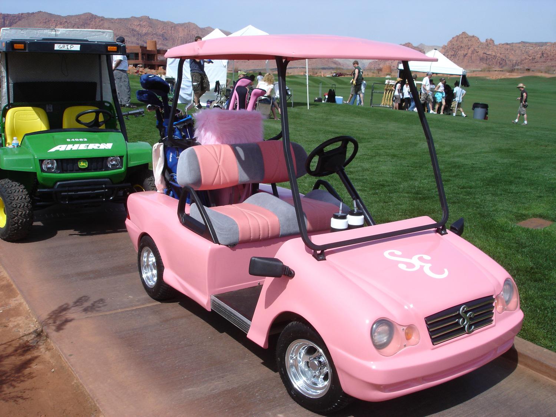 Sharpay's (Ashley Tisdale) custom golf cart.