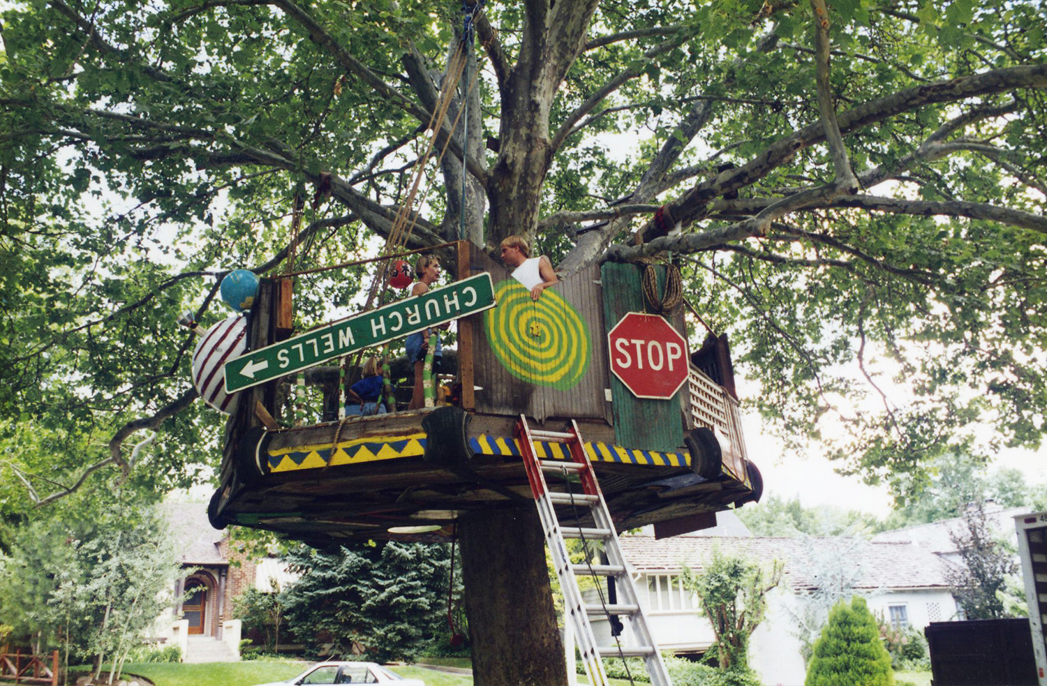 Huge treehouse that had to be installed without driving a single nail into the tree.
