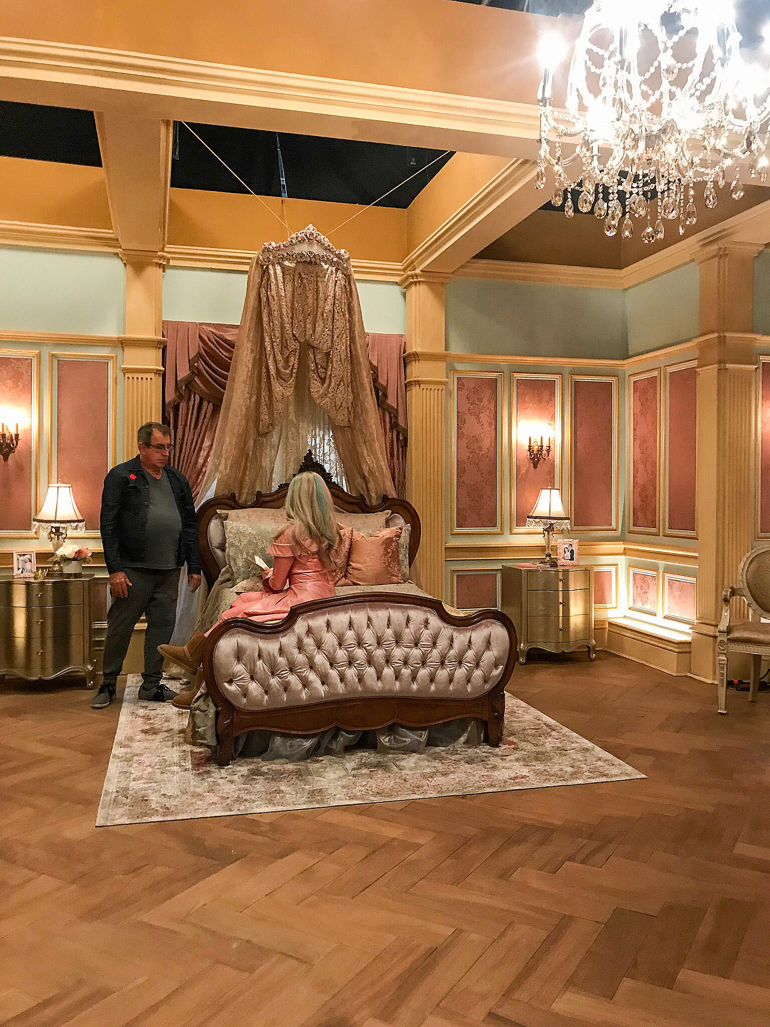 The daughter of Sleeping Beauty, Audrey's (Sarah Jeffrey) beautifully appointed room in the exclusive Auradon Academy. Every 'Descendent's' color story is based on their parentage from the classic animations. Director Kenny Ortega chats with Sarah Jeffrey.