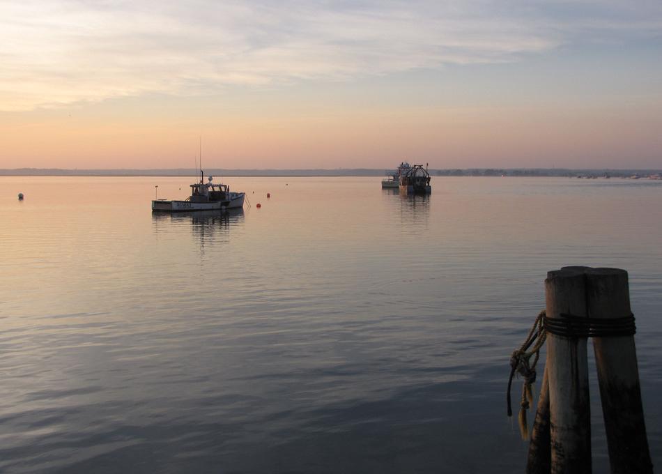 Hampton Harbor.jpg
