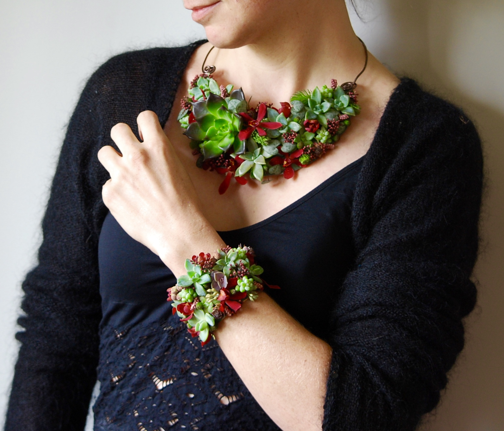 Floral Jewellery by Vancouver wedding Florist