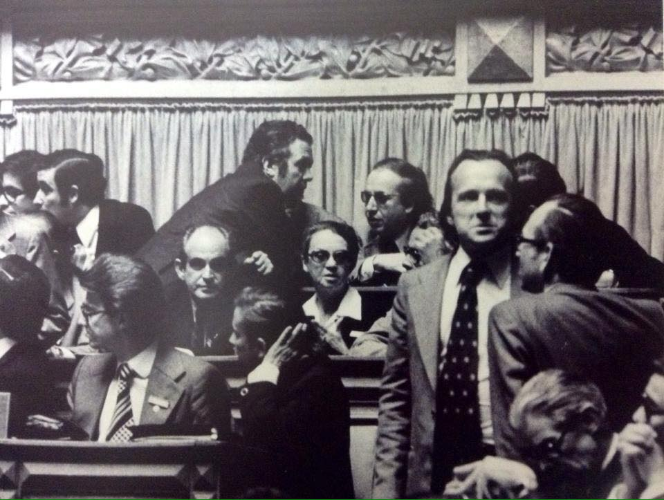 Sophia na assembleia constituinte de 1975.