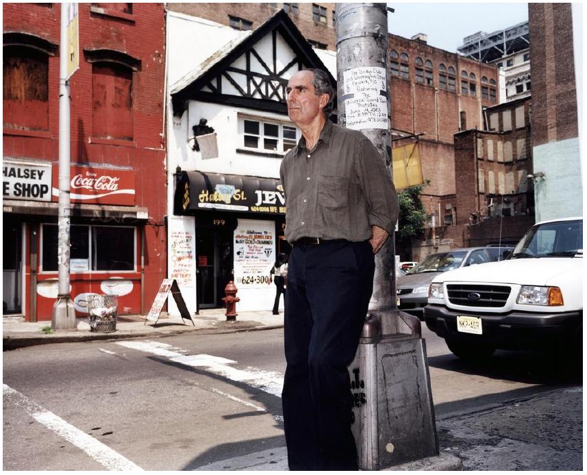 Philip Roth em Newark, 2003.png