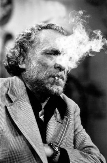 """Bukowski durante uma emissão do programa """"apostrophes"""", em paris (1978)"""