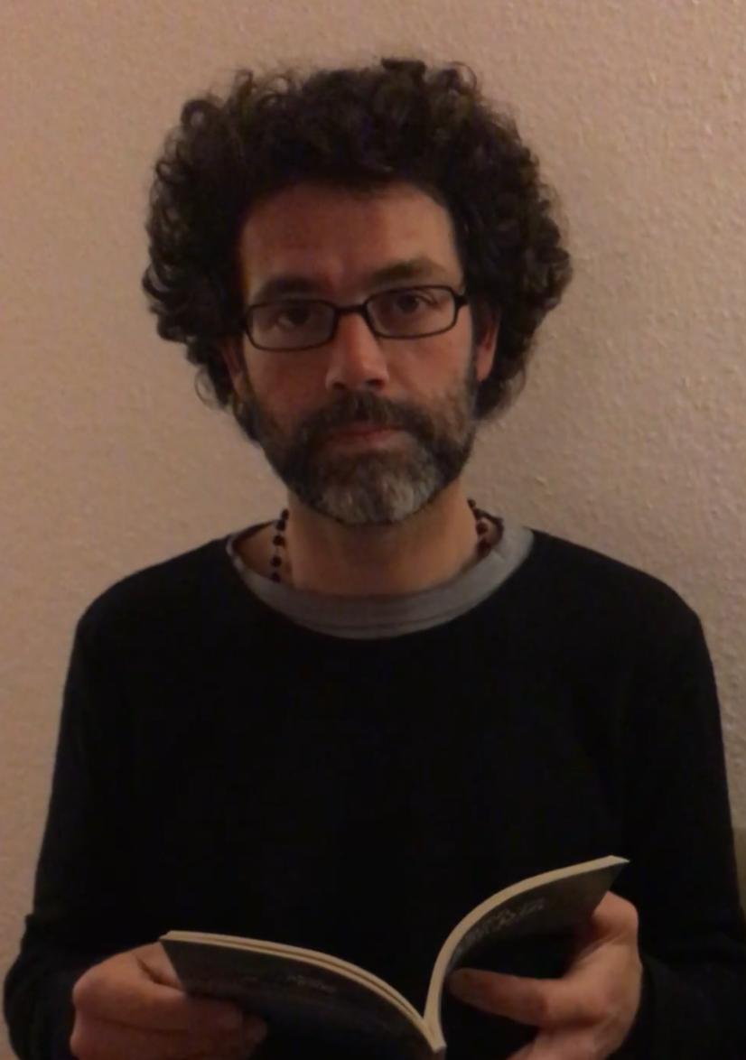 """Fernando Machado Silva lê """"Do maior silêncio a mais longa fala"""""""