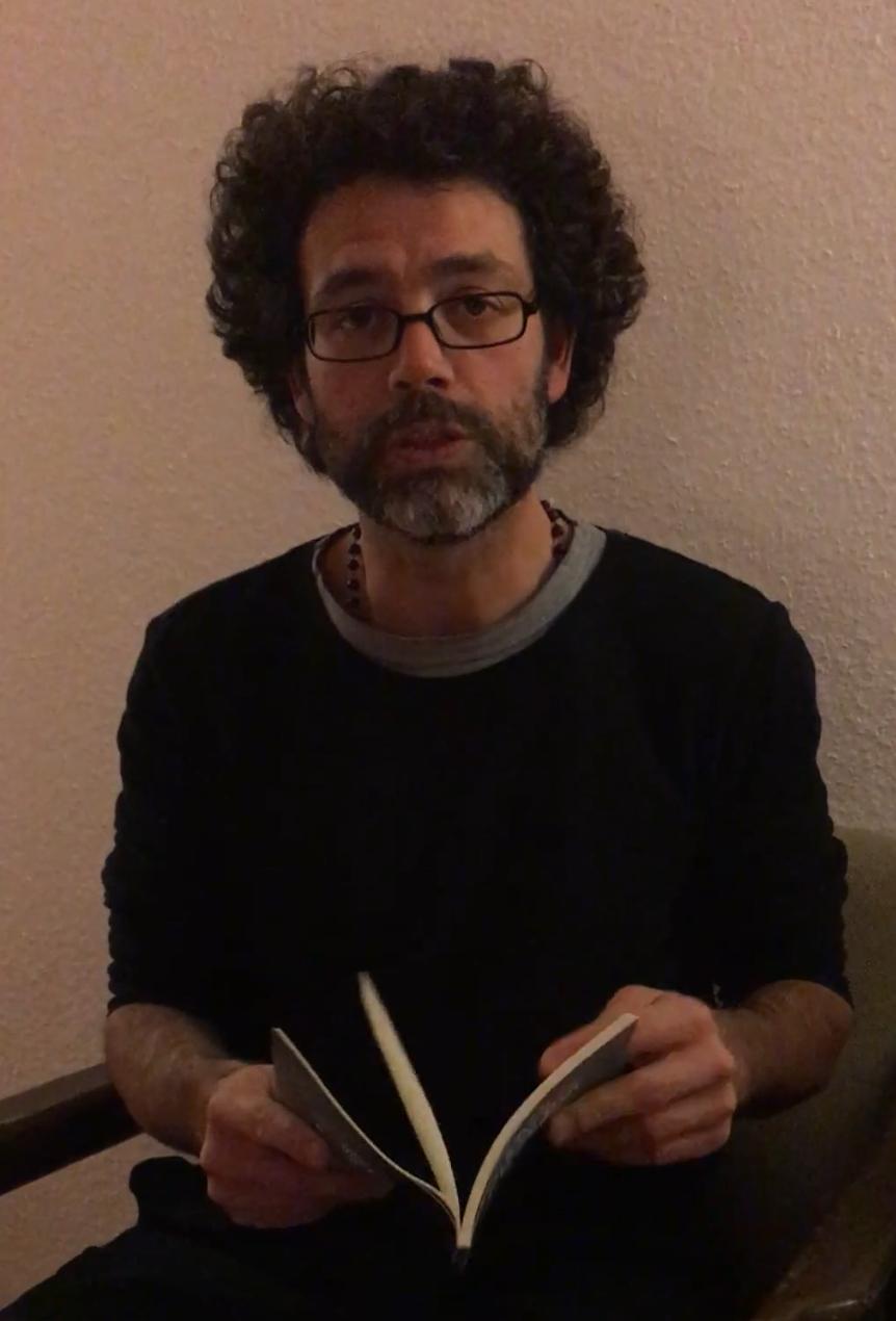 """Fernando Machado Silva lê """"""""A escrita do amor por entre quartos e corredores"""""""