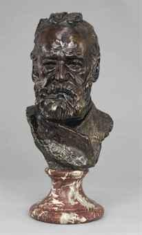 Это редкое раннее изображение В.Гюго, созданное Роденом, побило рекорд аукциона в своей категории в том числе благодаря нашей настойчивости и грамотной оценке. Нажмите на картинку, чтобы посмотреть результат продажи ...
