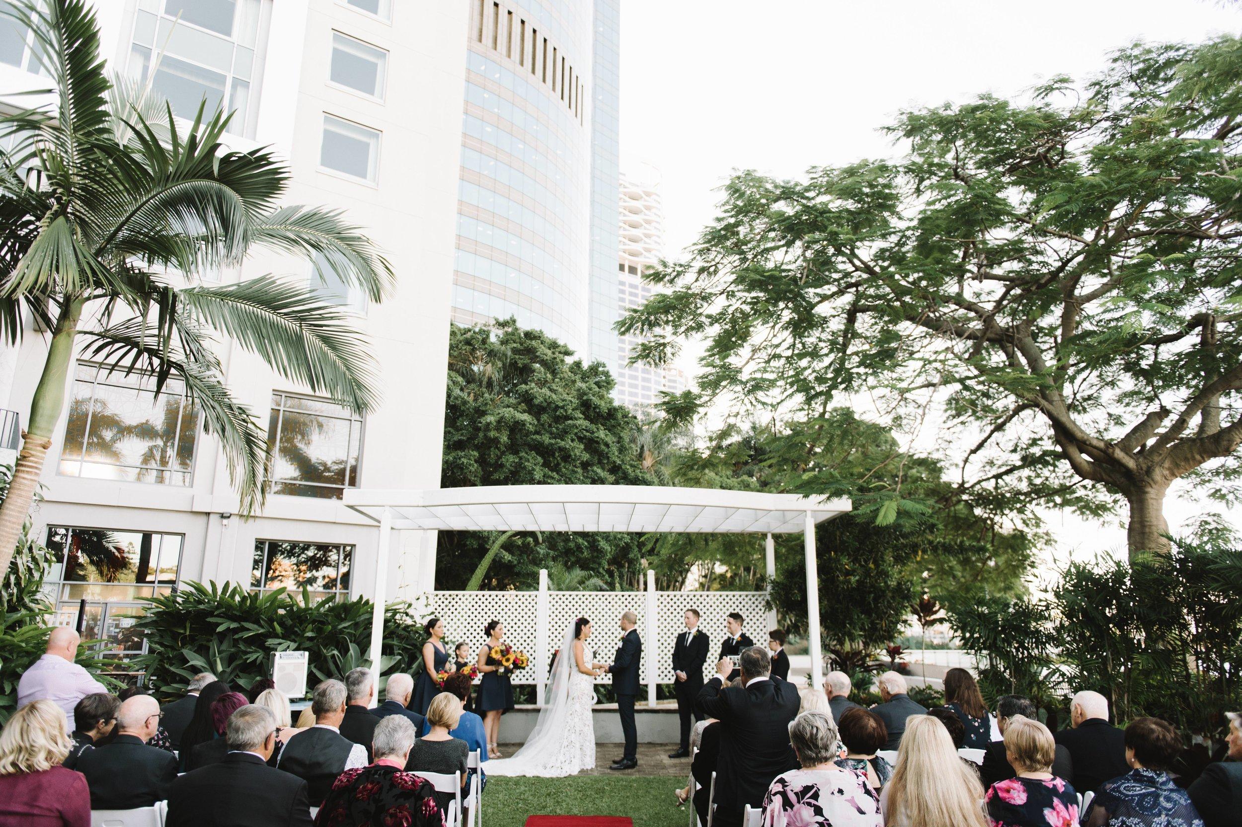 brisbane-stamford-plaza-wedding-33.jpg