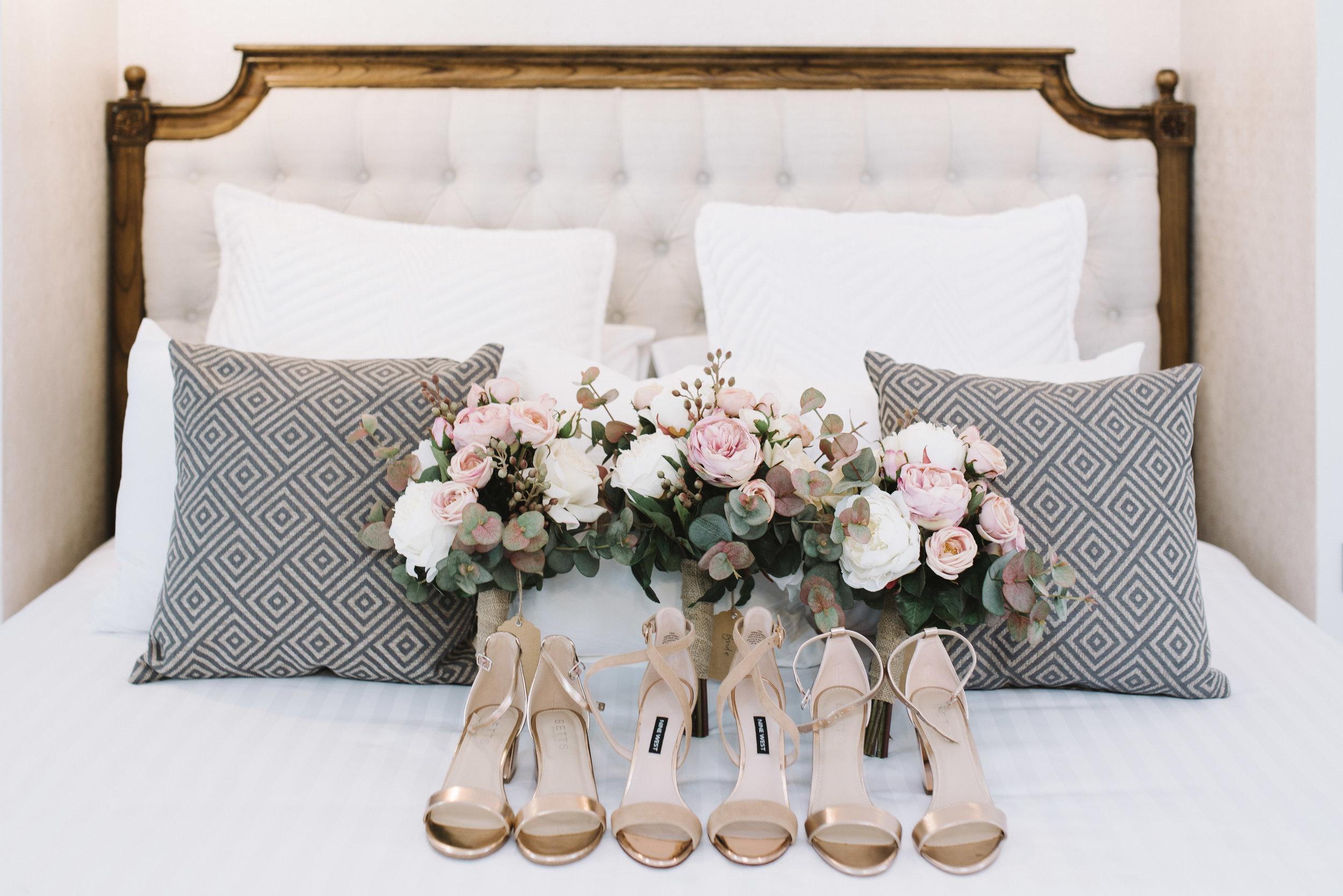 LAURENOLIVIA-austinvilla-estate-wedding-8.jpg