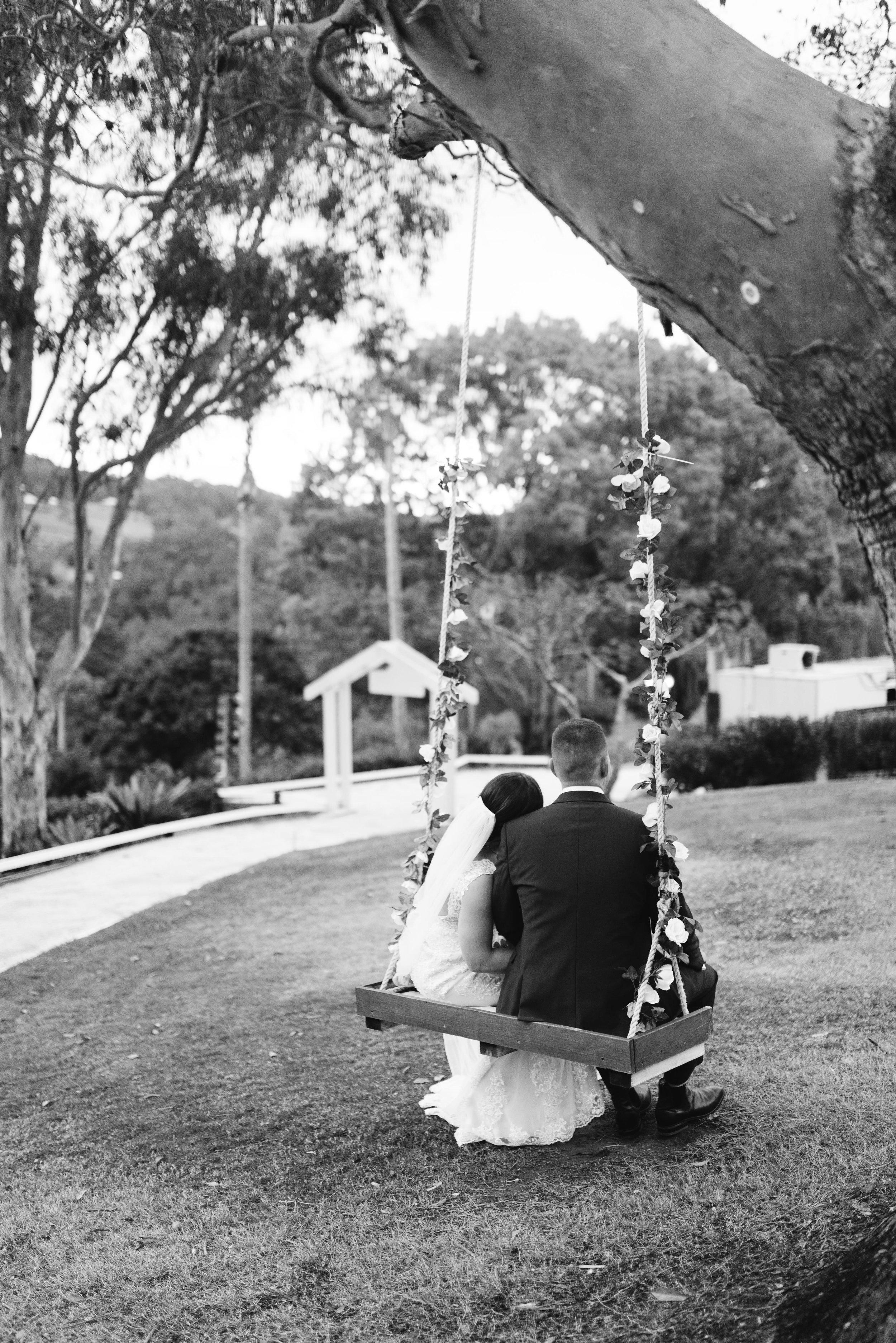 LAURENOLIVIA-austinvilla-estate-wedding-68.jpg