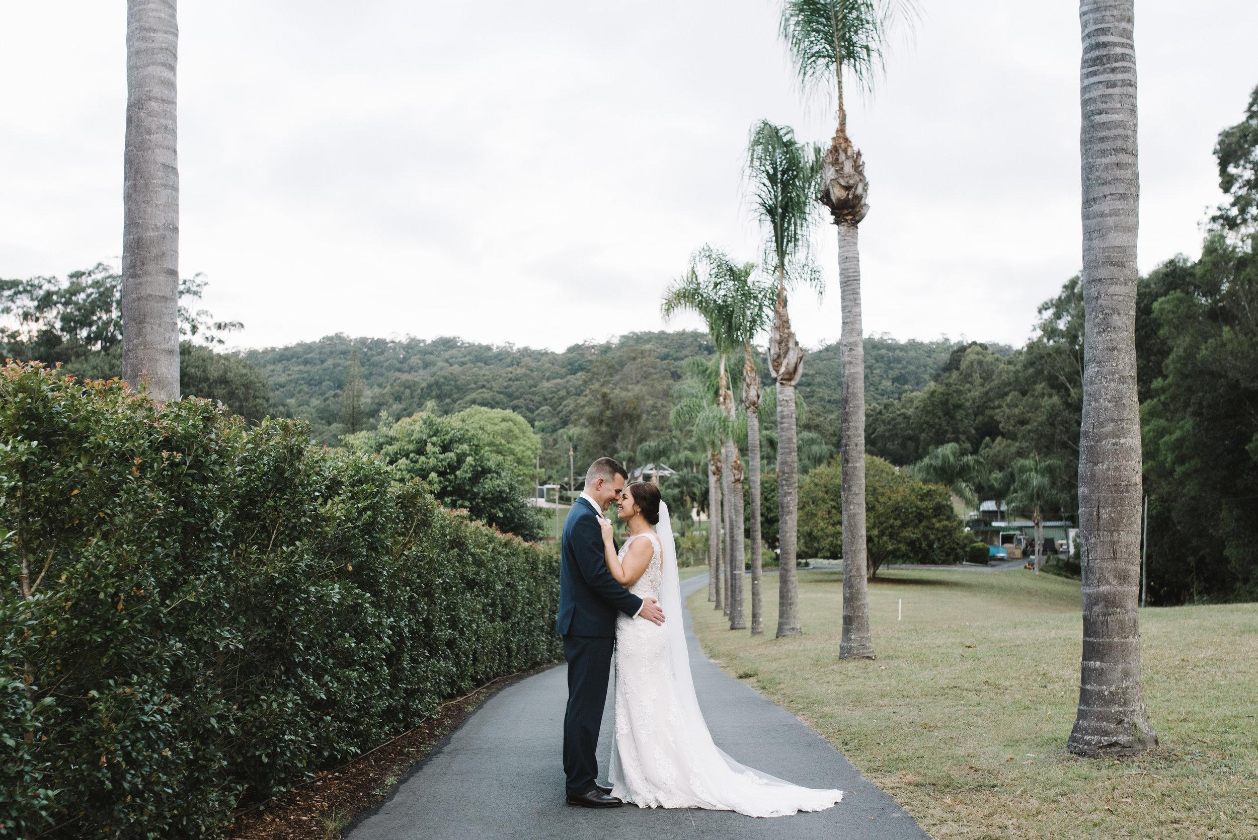 LAURENOLIVIA-austinvilla-estate-wedding-66.jpg