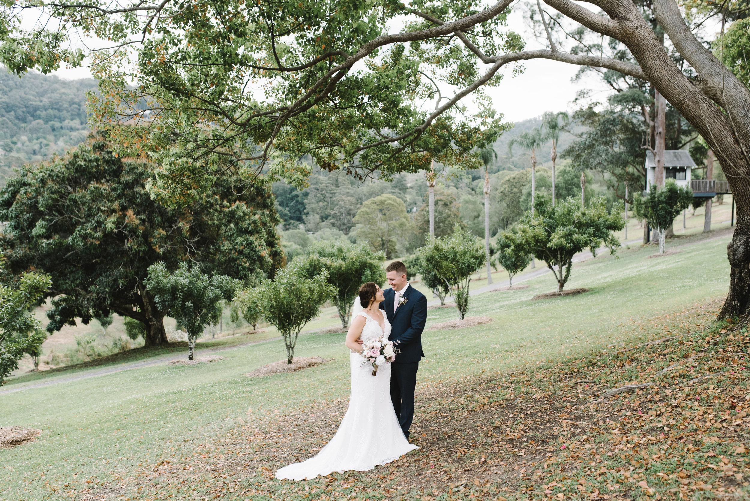 LAURENOLIVIA-austinvilla-estate-wedding-60.jpg