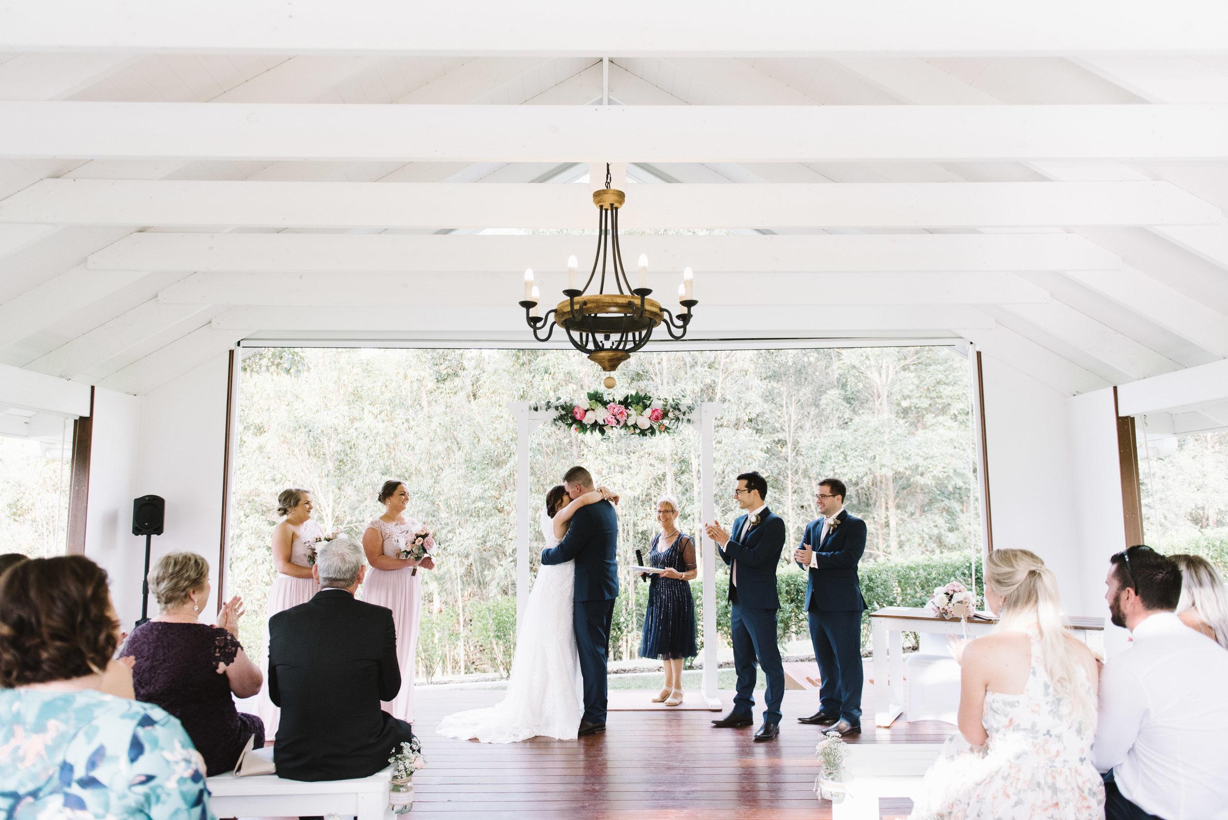 LAURENOLIVIA-austinvilla-estate-wedding-48.jpg