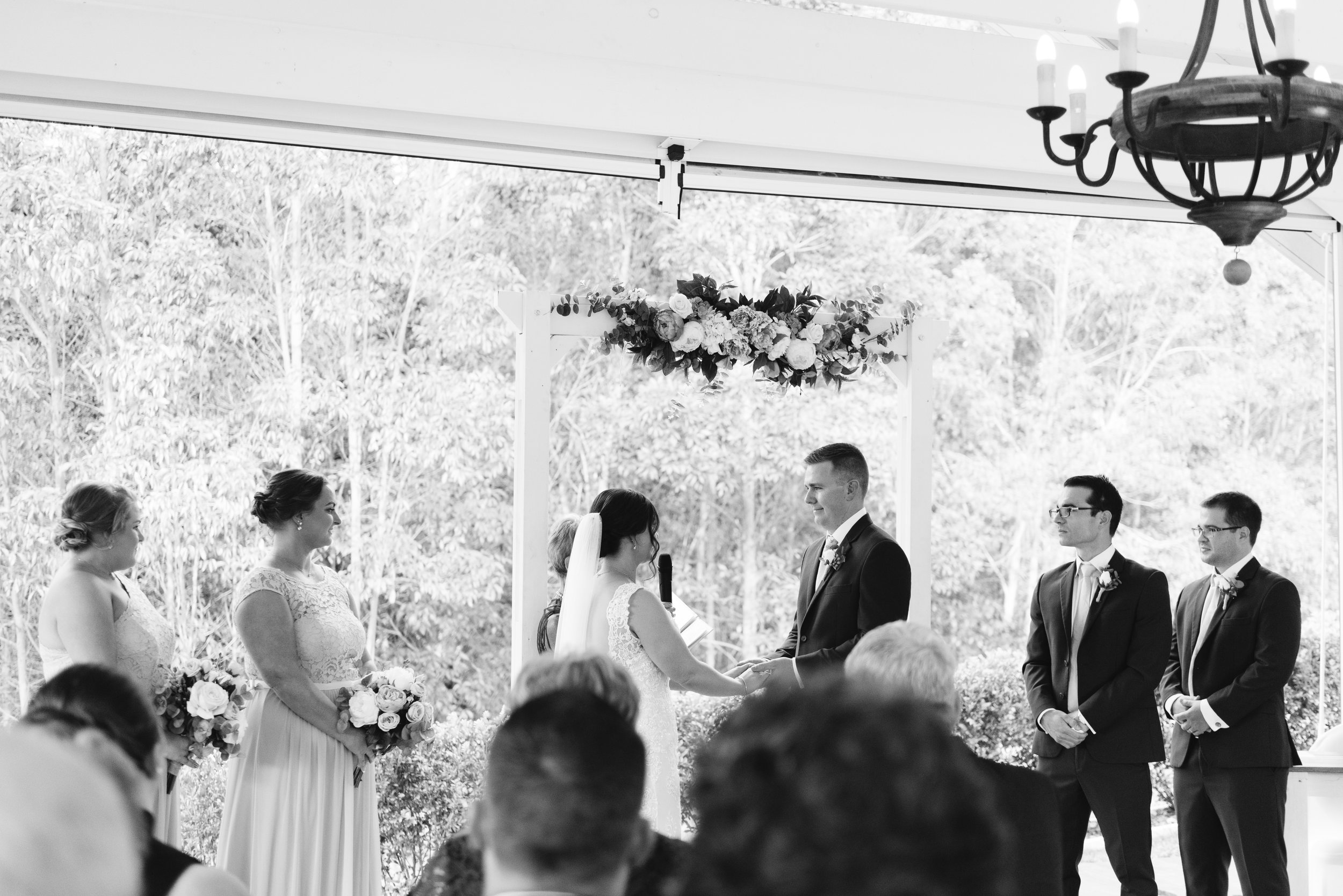 LAURENOLIVIA-austinvilla-estate-wedding-47.jpg