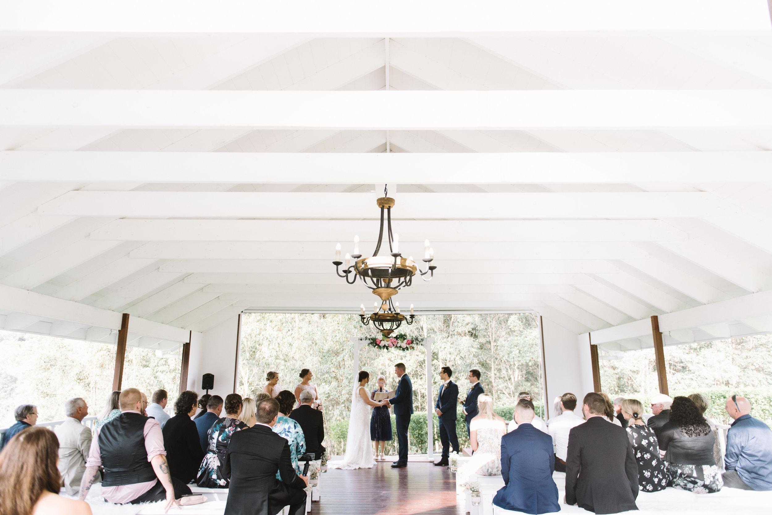 LAURENOLIVIA-austinvilla-estate-wedding-46.jpg