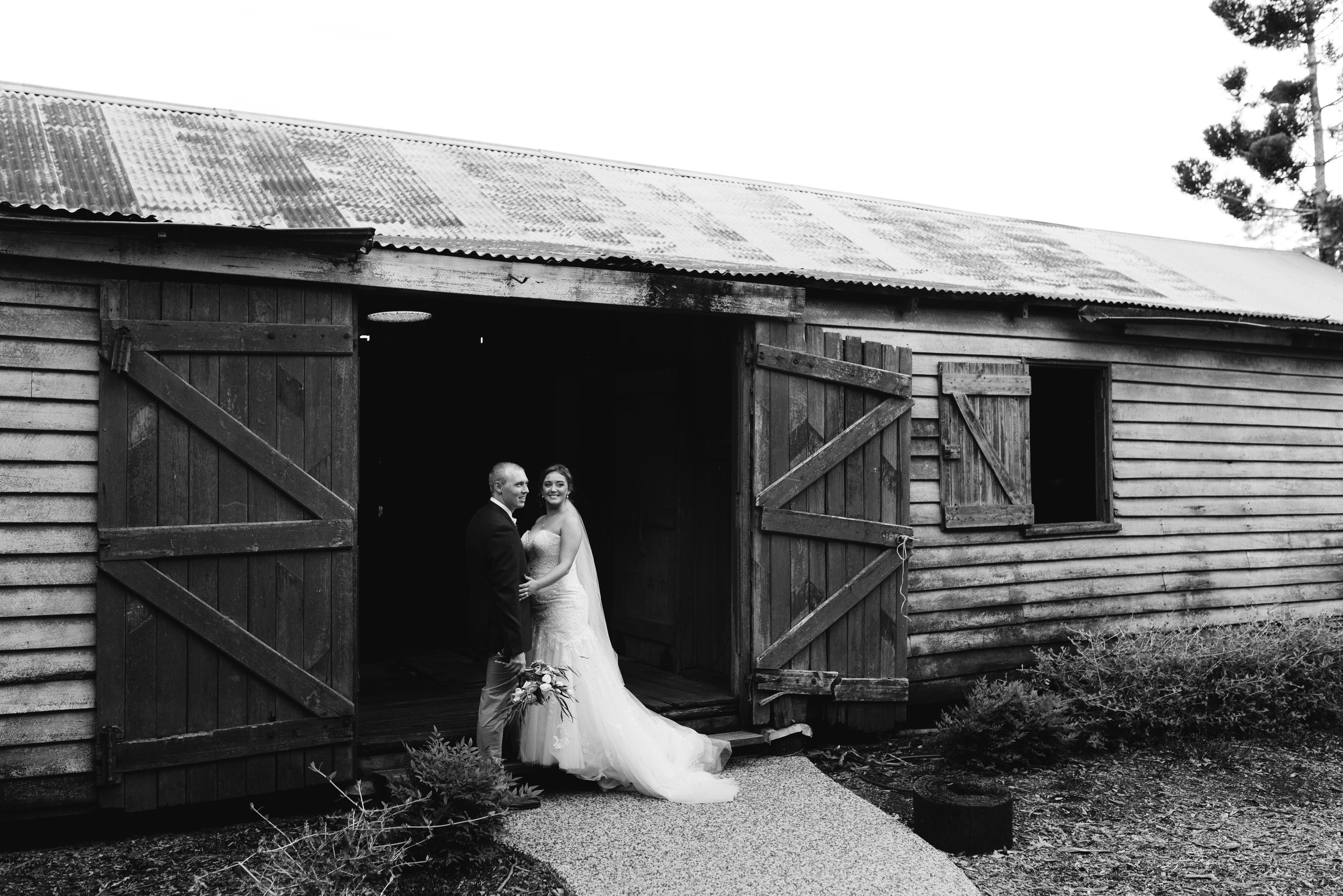 toowoomba-wedding-gabbinbar-50.jpg