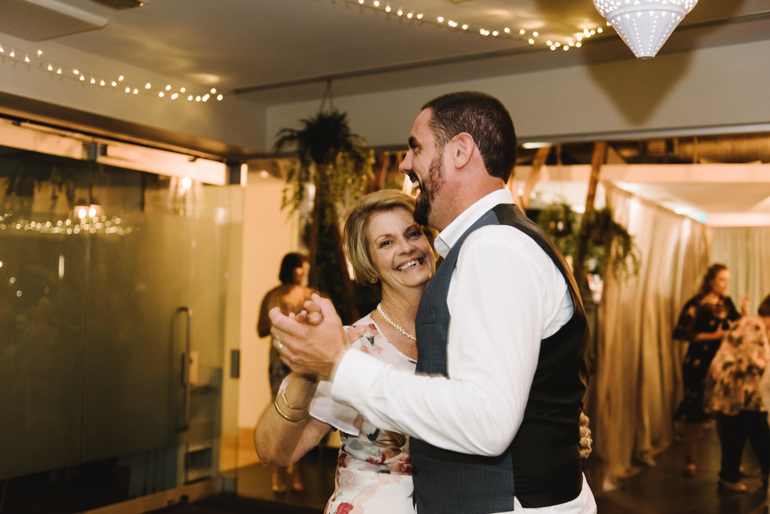 Brisbane-Wedding-Northshore-Harbour-Wedding-20.jpg