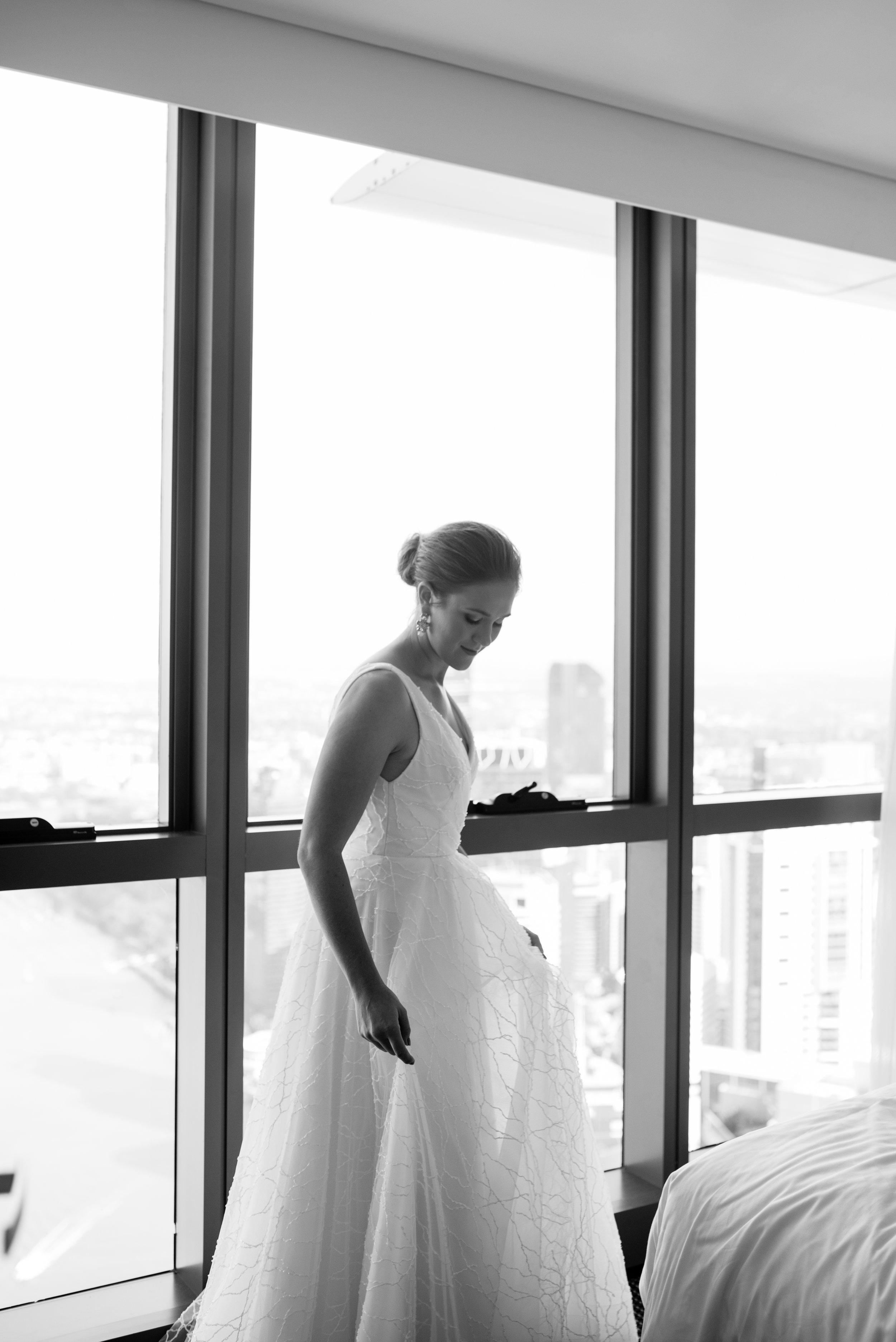 refinery-wedding-brisbane-city-wedding-photographer-28.jpg