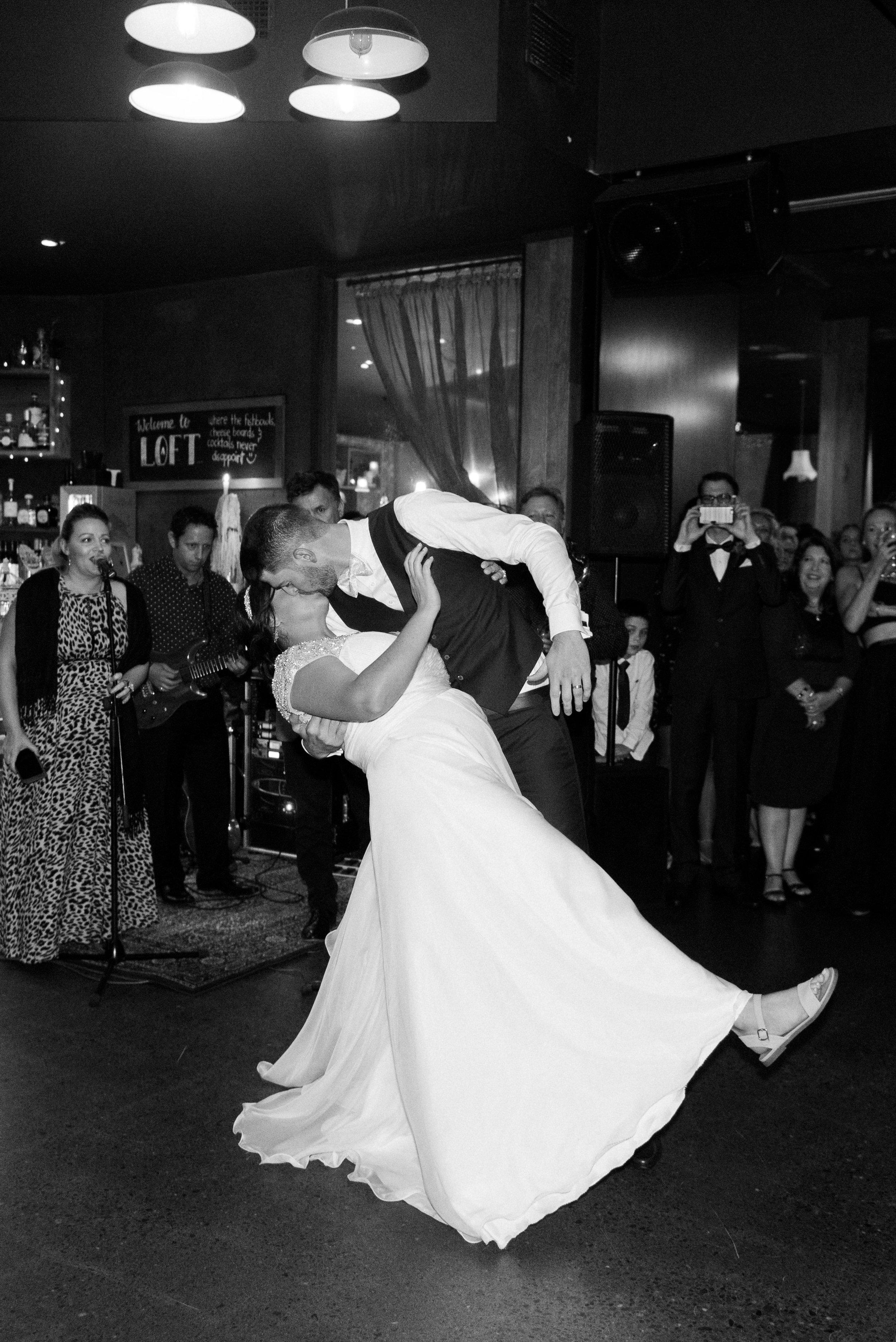 brisbane-city-wedding-photographer-loft-westend-21.jpg