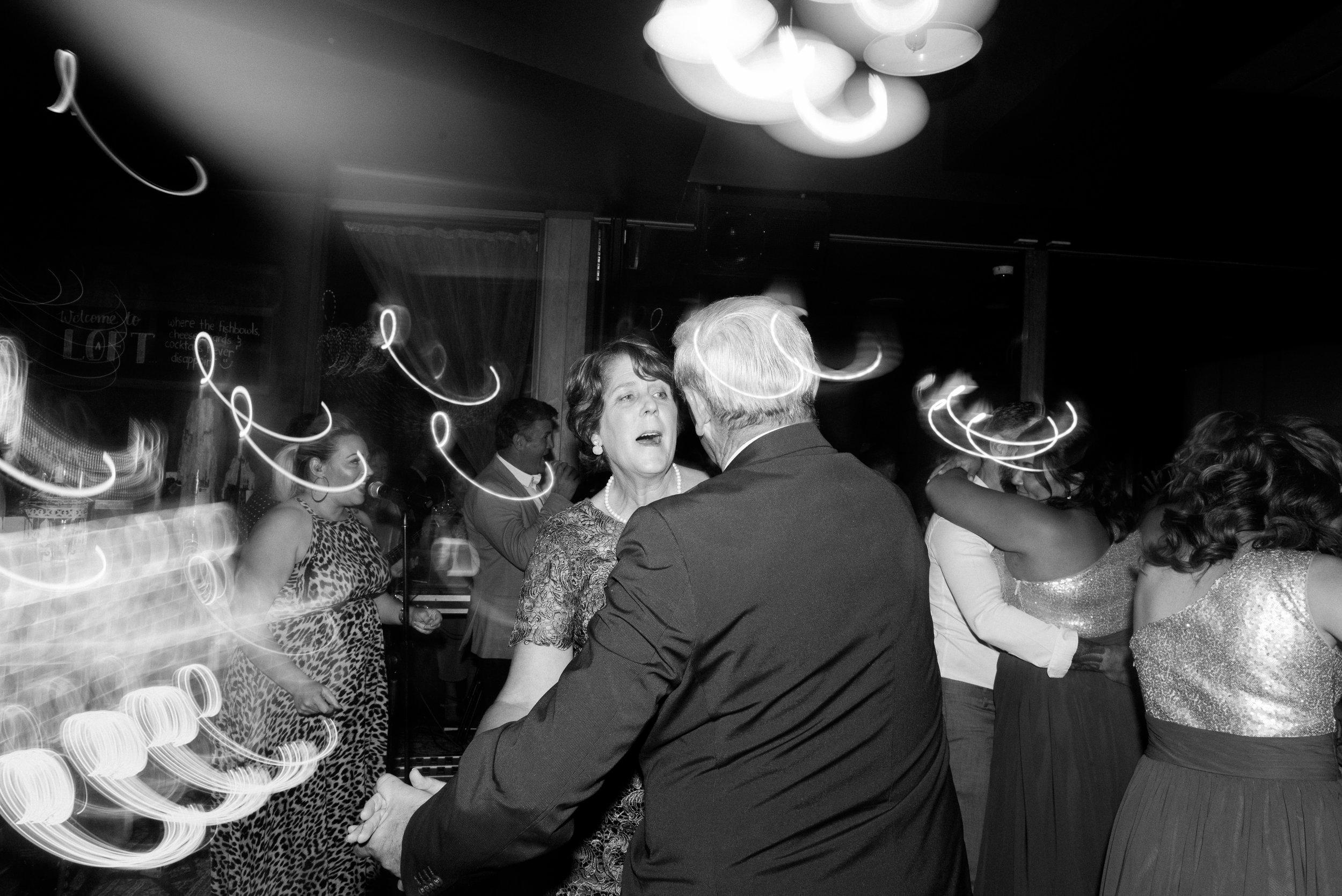 brisbane-city-wedding-photographer-loft-westend-22.jpg
