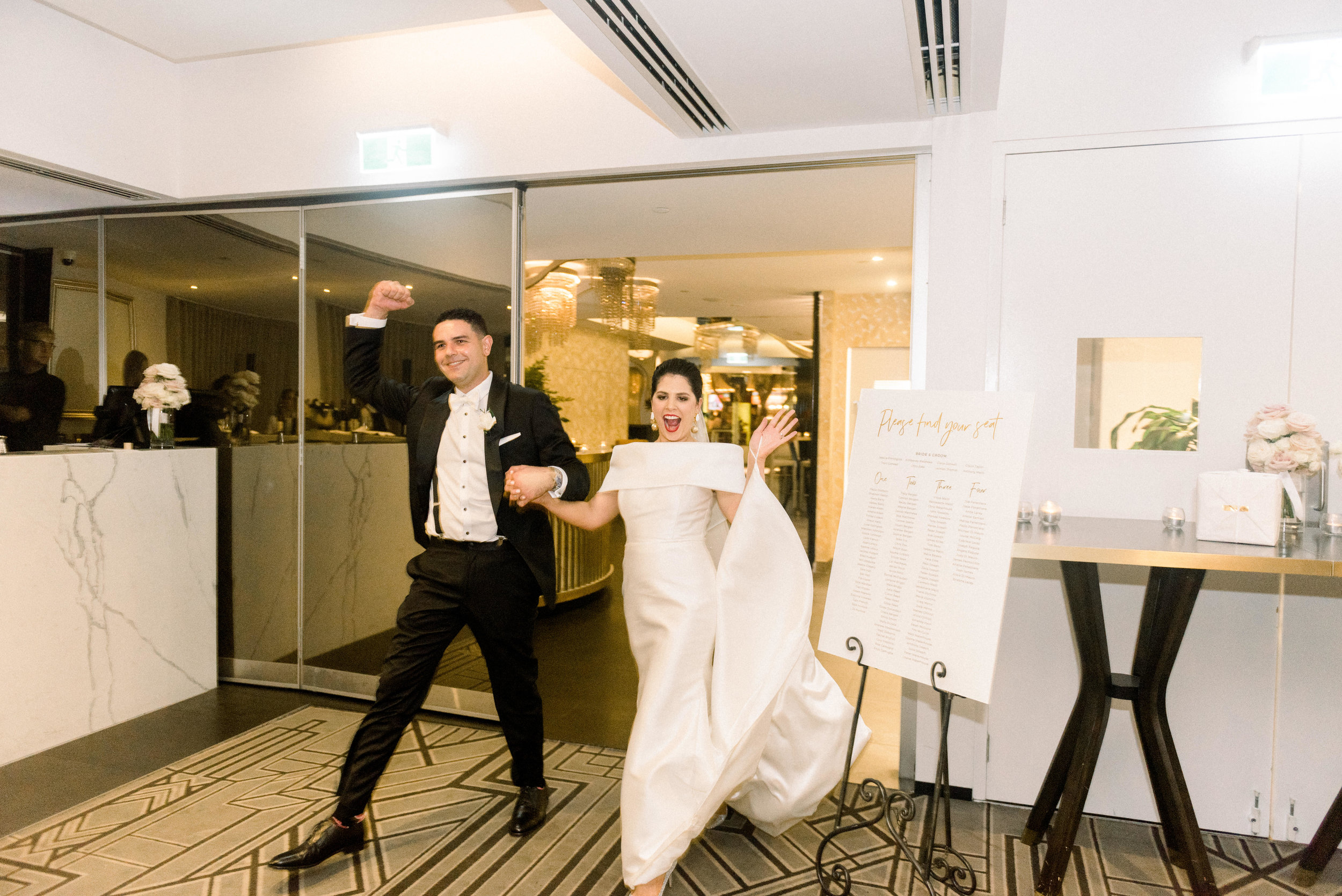 black-bird-brisbane-wedding-photography-film-photography-beautiful-reception-dance-candid-tweed-coast-wedding-145.jpg