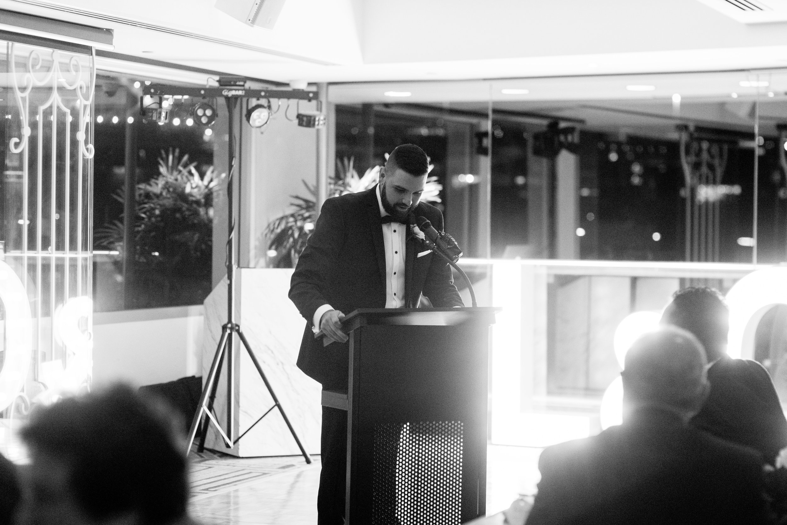 black-bird-brisbane-wedding-photography-film-photography-beautiful-reception-dance-candid-tweed-coast-wedding-167.jpg