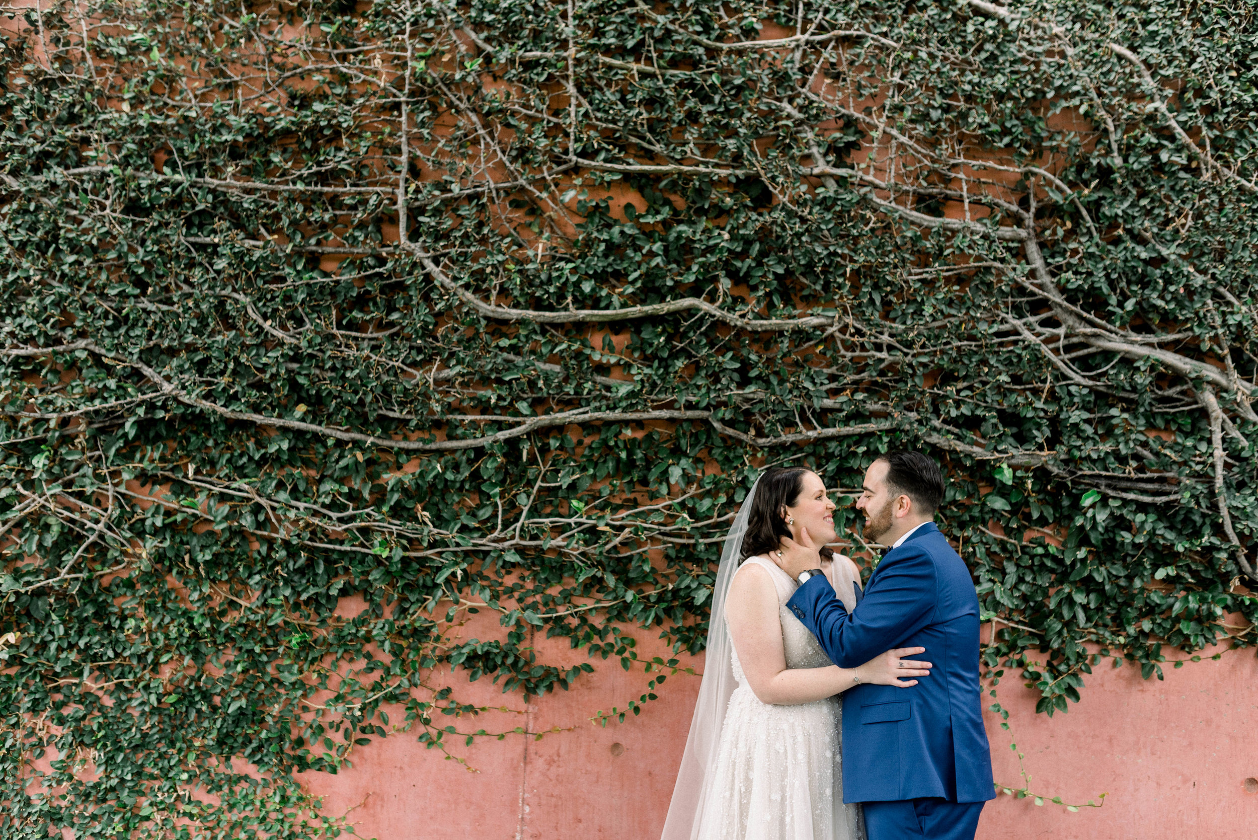 brisbane-city-wedding-photographer-romantic-wedding-65.jpg