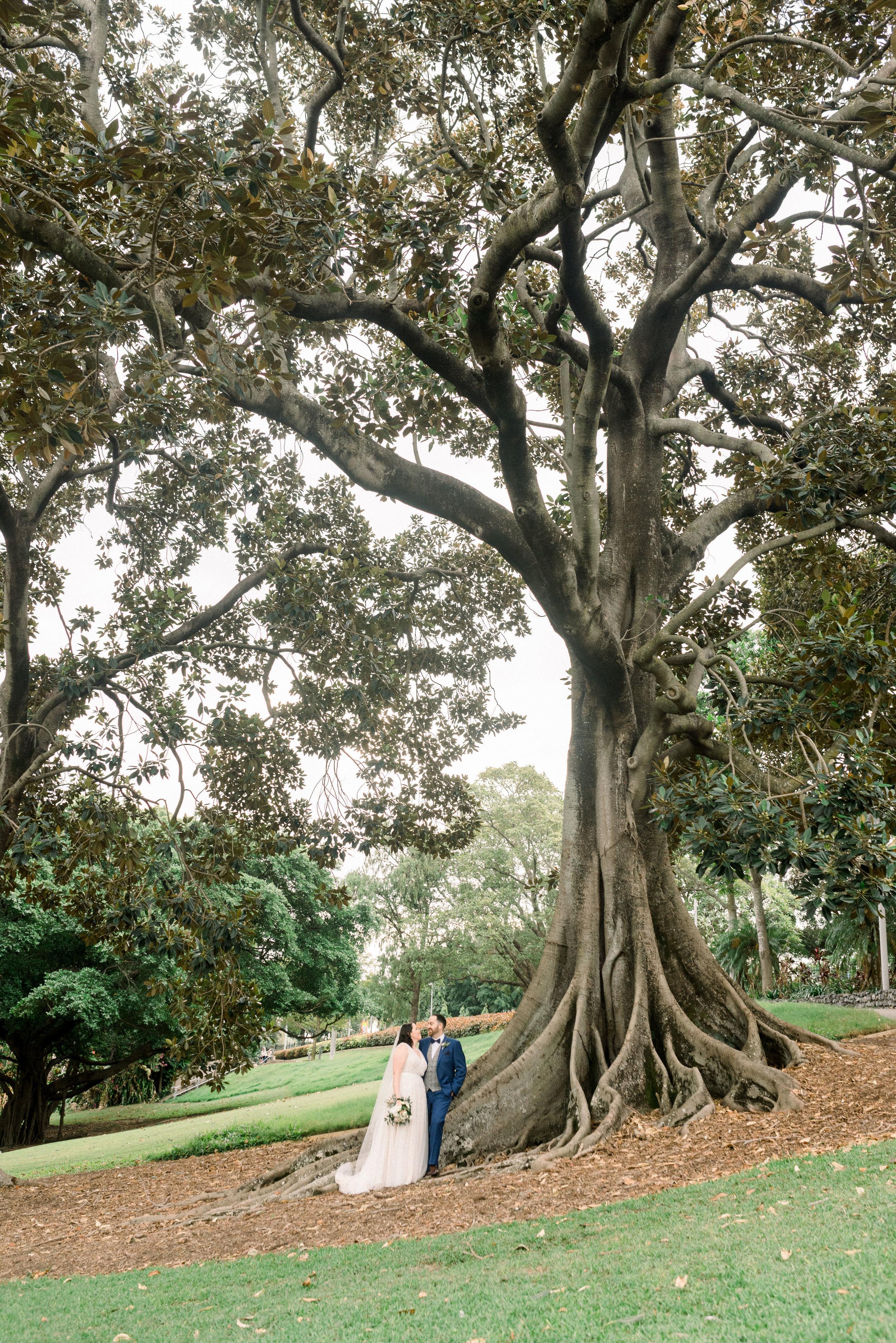 brisbane-city-wedding-photographer-romantic-wedding-74.jpg