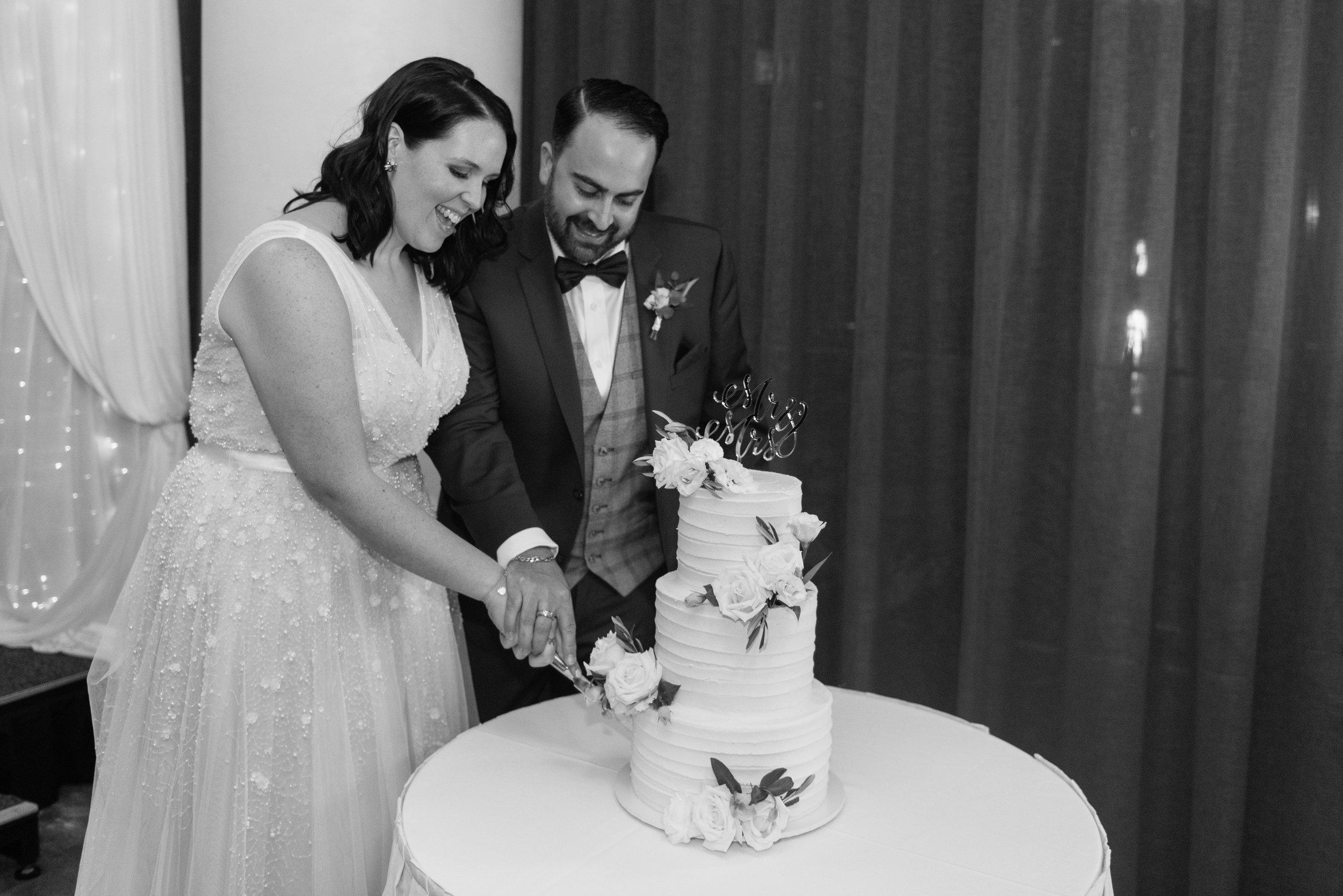 brisbane-city-wedding-photographer-romantic-wedding-113.jpg