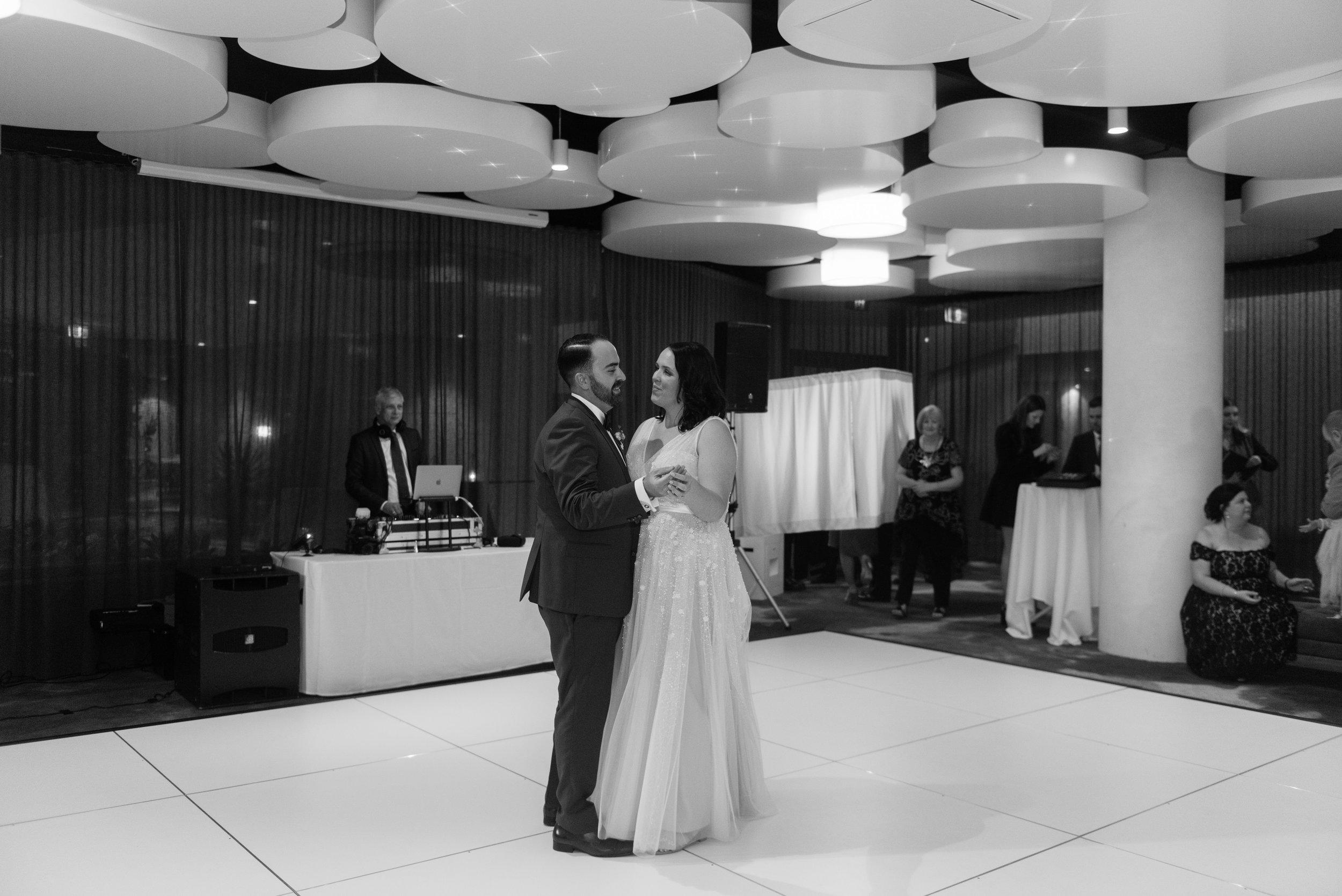 brisbane-city-wedding-photographer-romantic-wedding-114.jpg