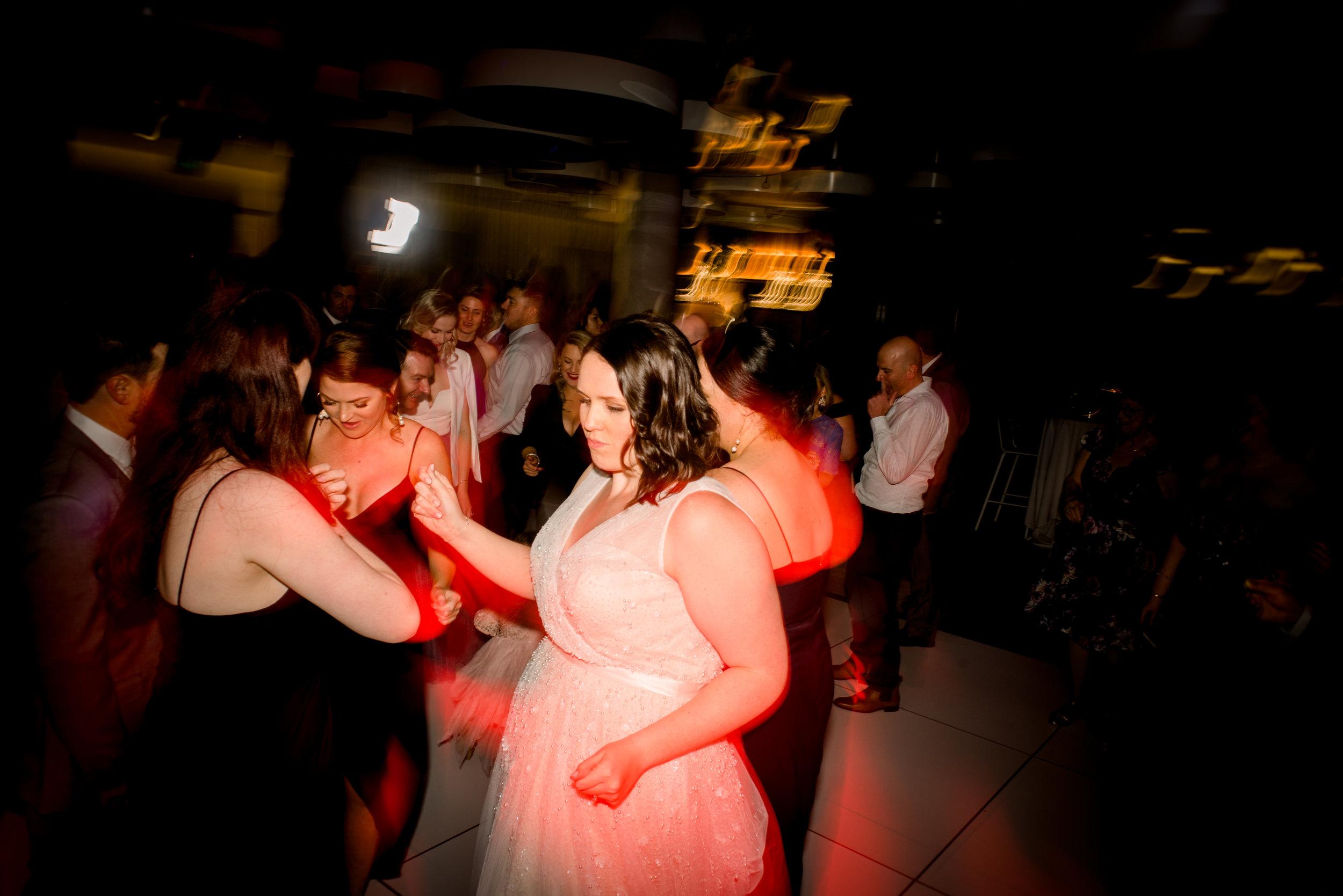 brisbane-city-wedding-photographer-romantic-wedding-120.jpg
