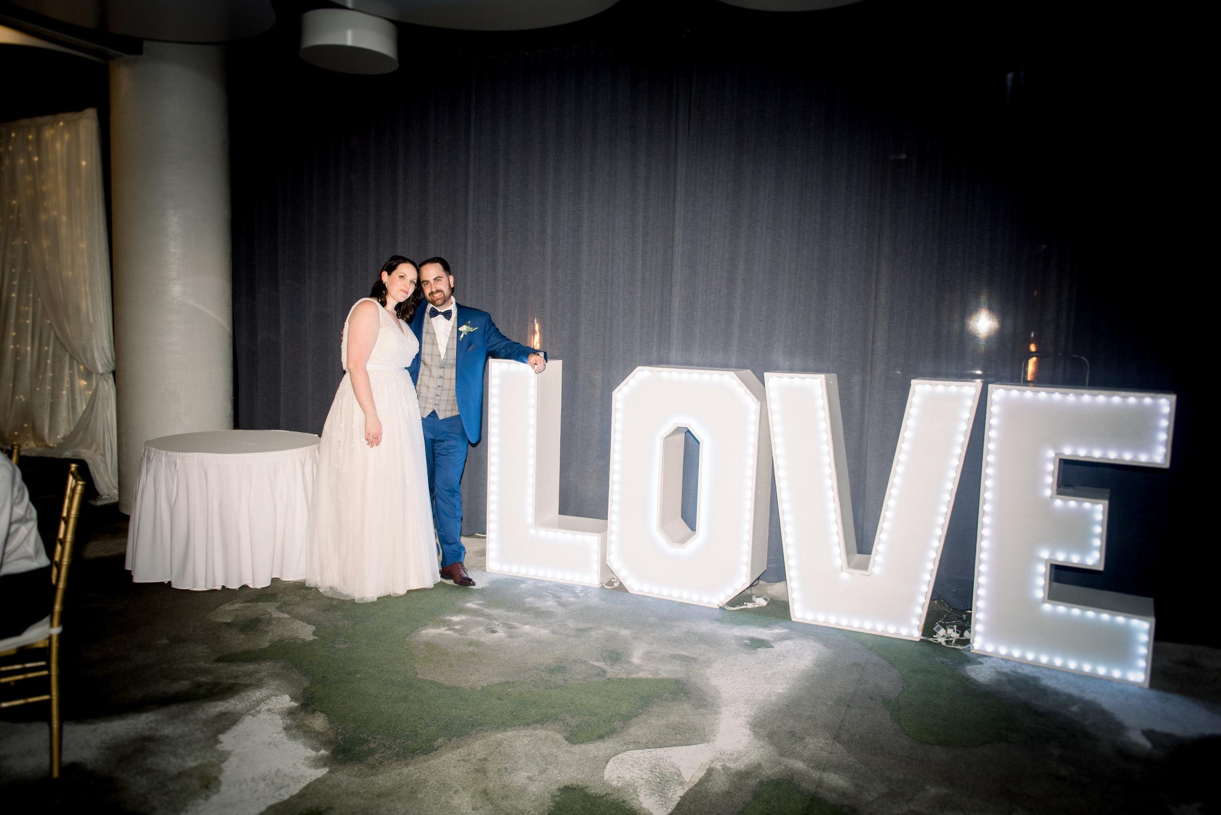 brisbane-city-wedding-photographer-romantic-wedding-135.jpg