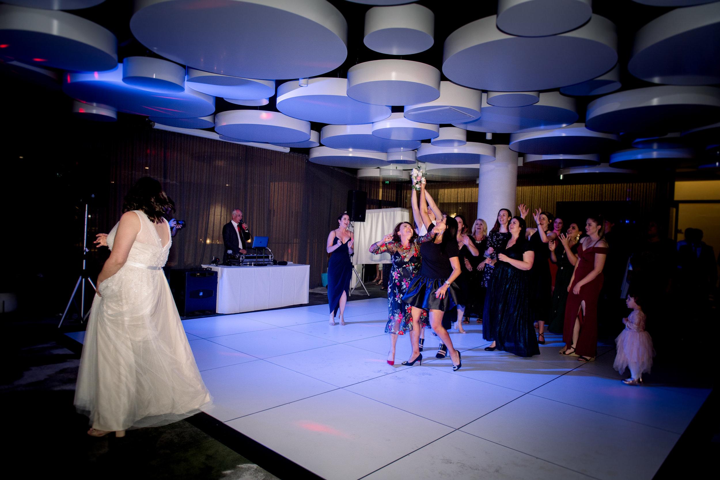 brisbane-city-wedding-photographer-romantic-wedding-137.jpg