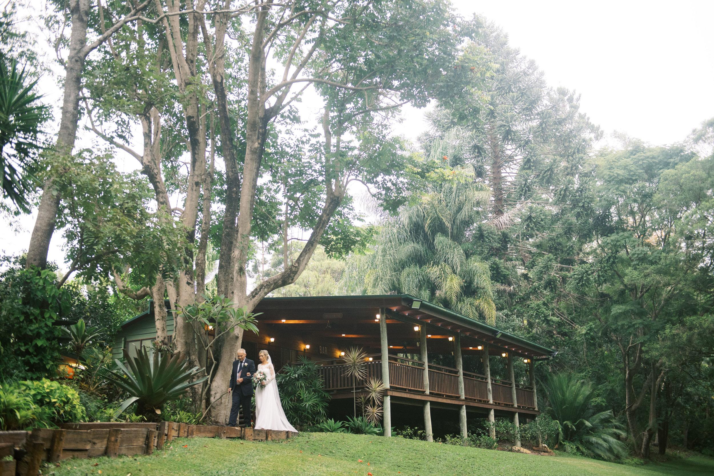 brisbane-gold-coast-sunshine-coast-romantic-wedding-photographer-46.jpg