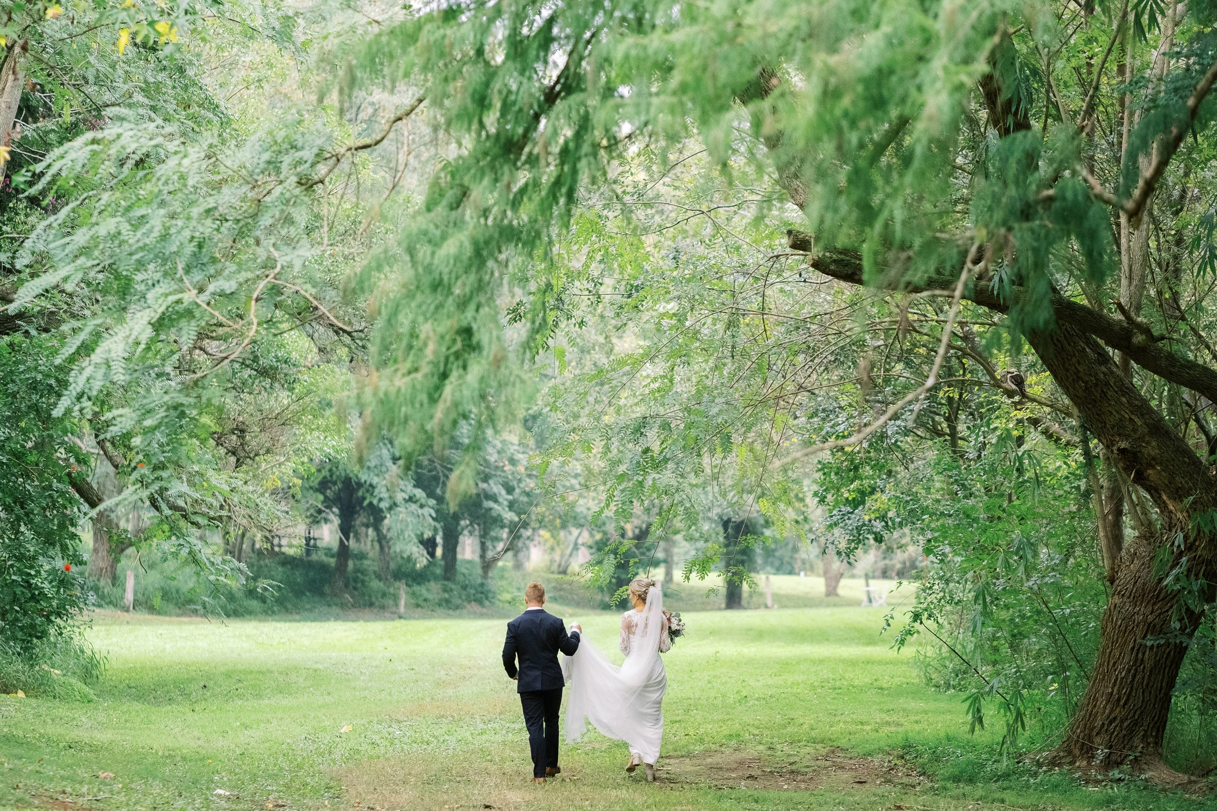brisbane-gold-coast-sunshine-coast-romantic-wedding-photographer-60.jpg