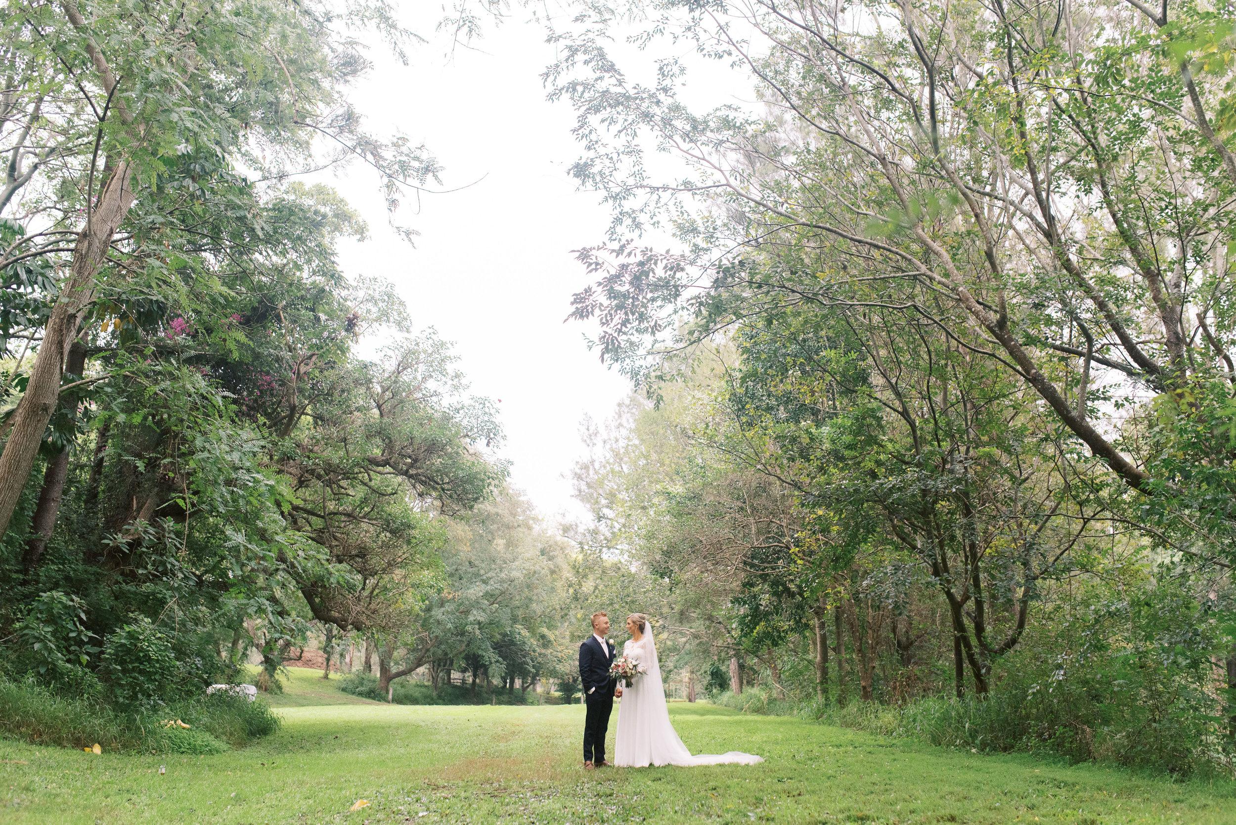 brisbane-gold-coast-sunshine-coast-romantic-wedding-photographer-62.jpg