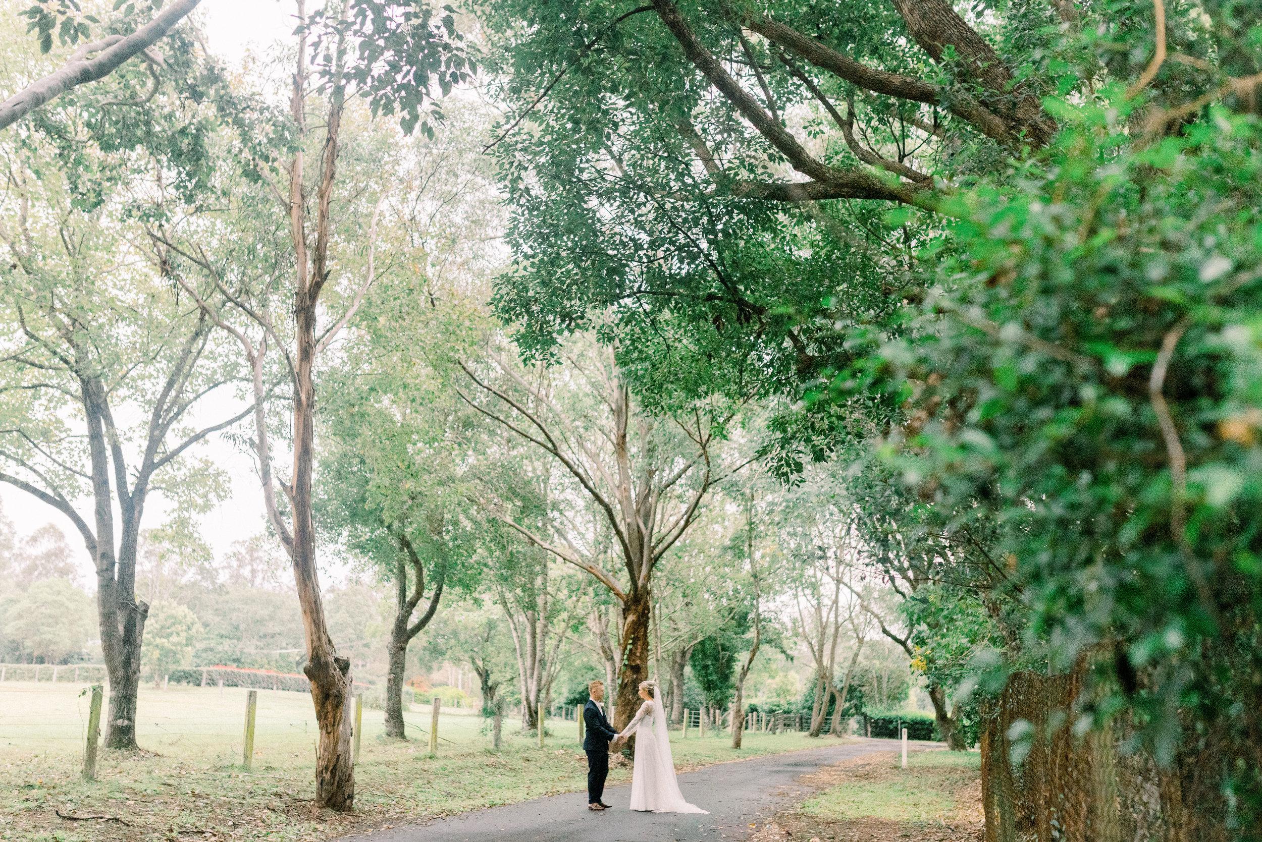 brisbane-gold-coast-sunshine-coast-romantic-wedding-photographer-75.jpg