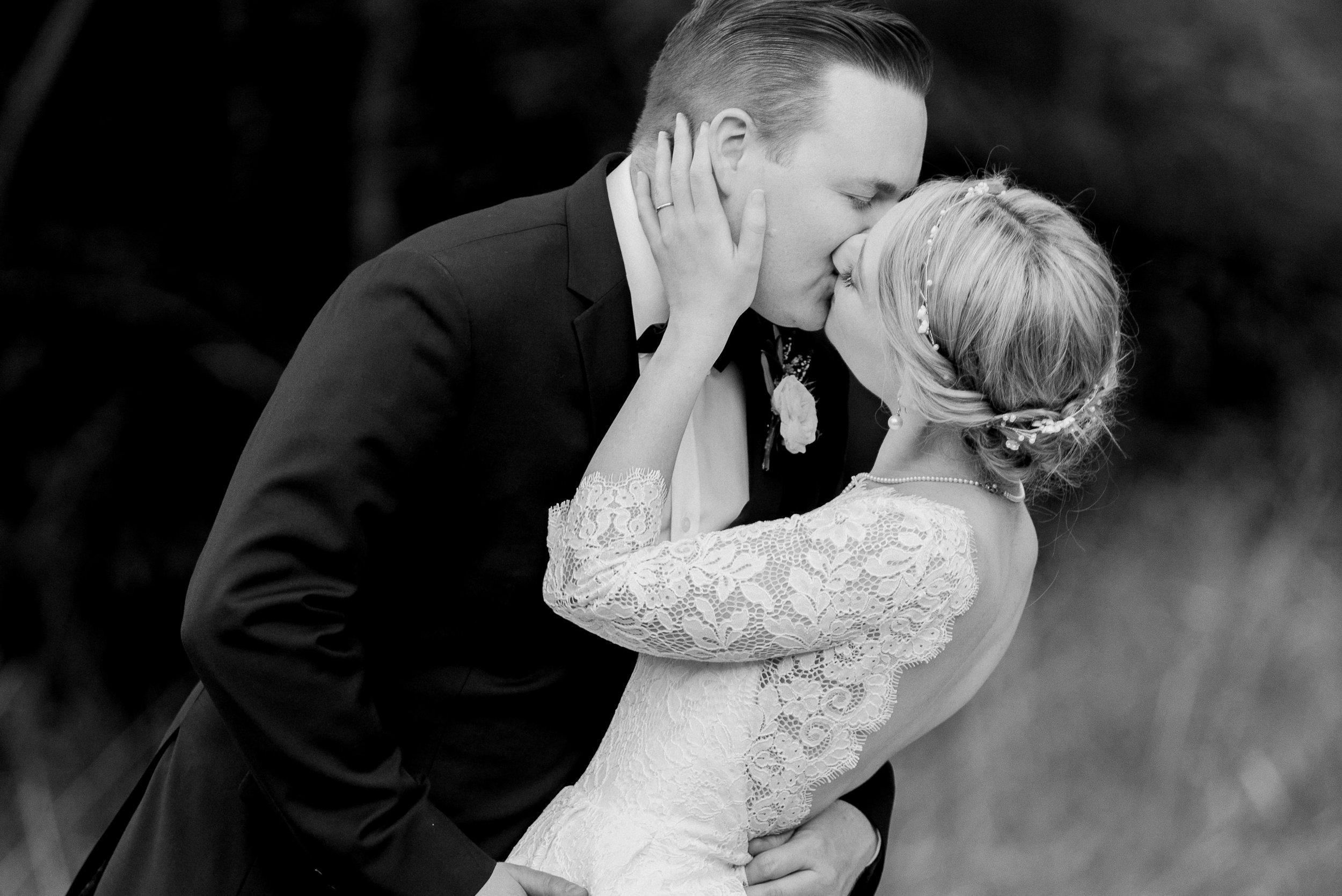 romantic-australian-fine-art-wedding-photographer-11.jpg