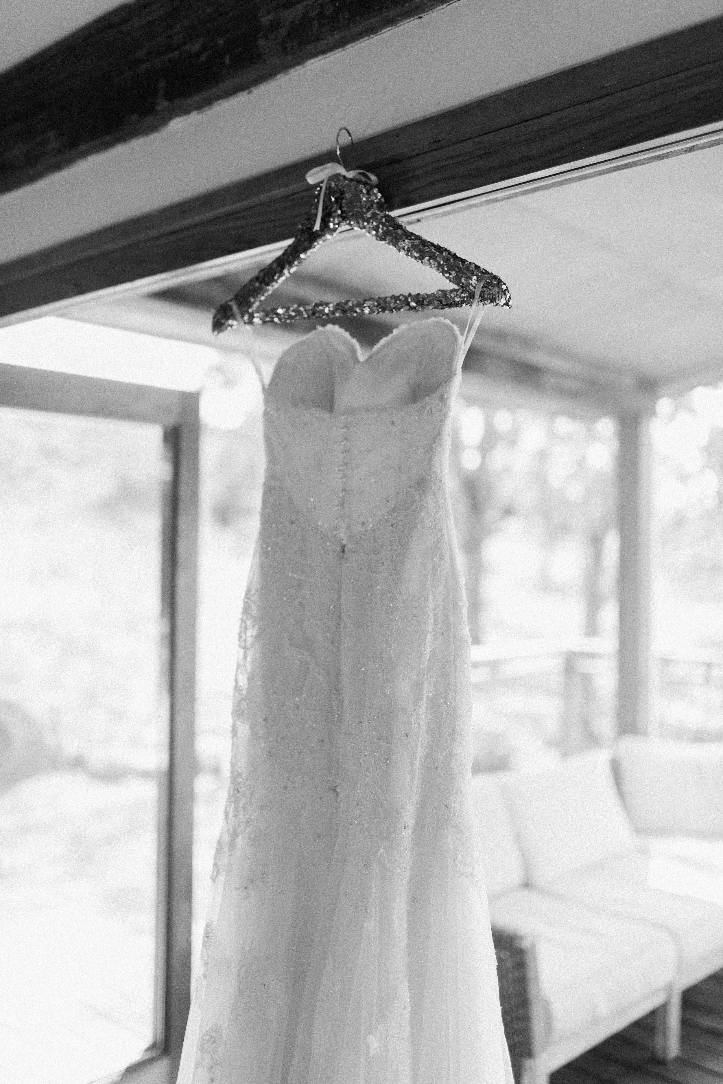 Kooroomba-Vineyard-Lavender-Farm-Wedding-Fine-Art-Lauren-Olivia-3.jpg