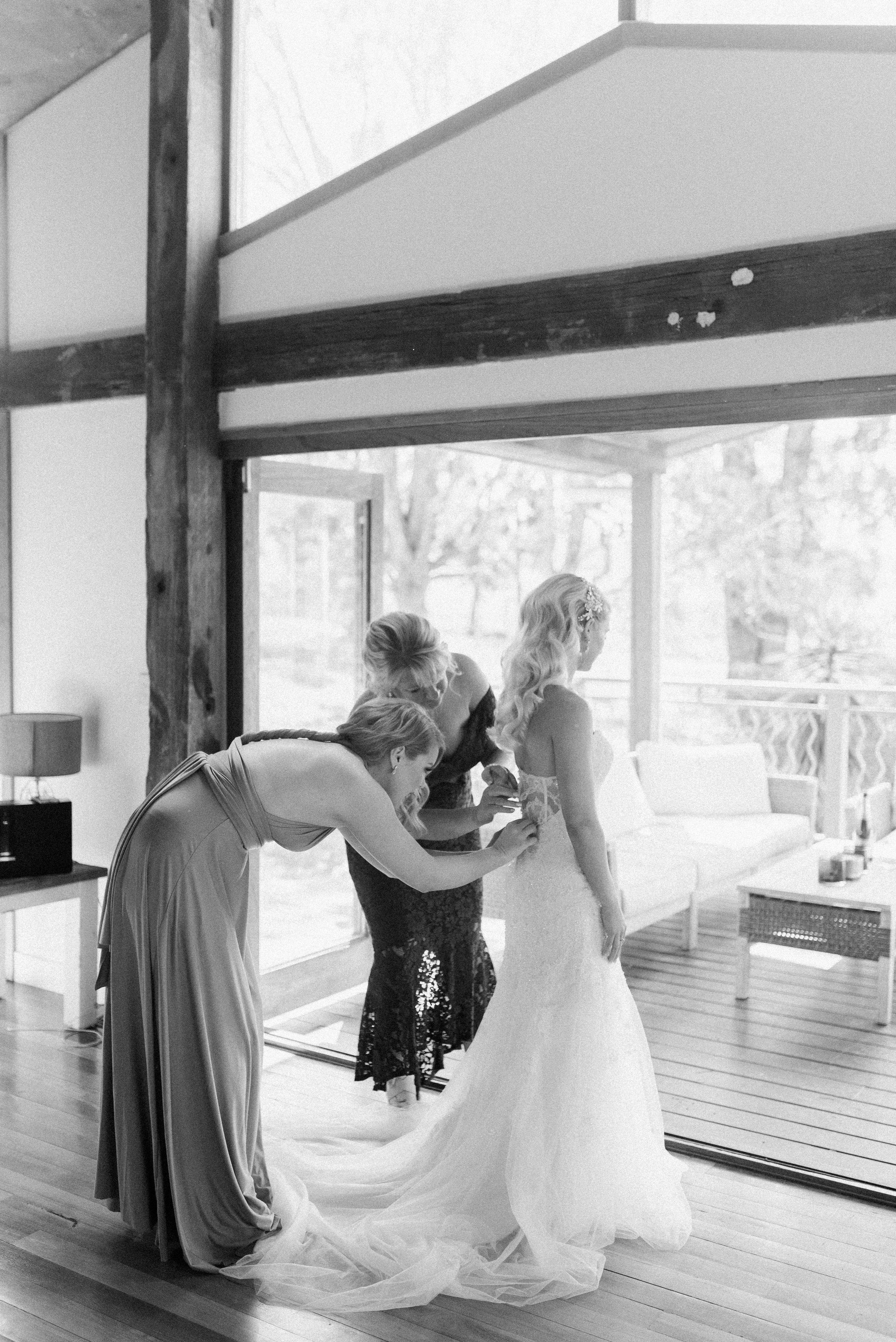 Kooroomba-Vineyard-Lavender-Farm-Wedding-Fine-Art-Lauren-Olivia-9.jpg