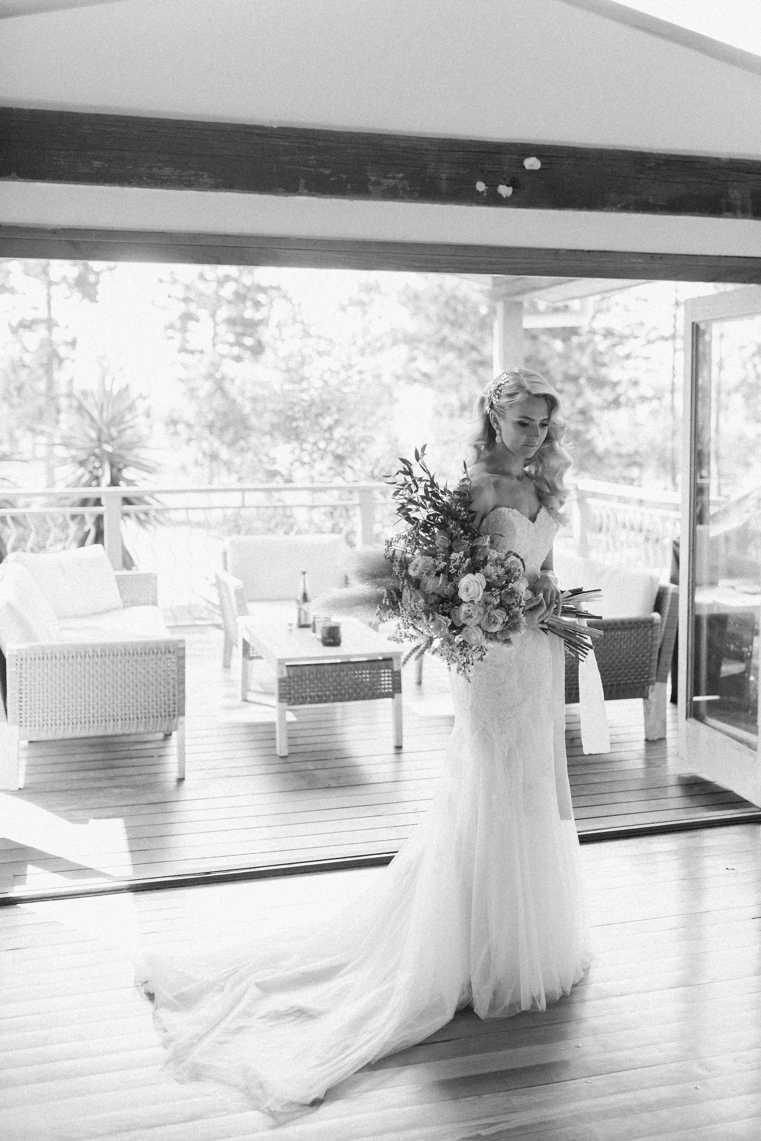 Kooroomba-Vineyard-Lavender-Farm-Wedding-Fine-Art-Lauren-Olivia-12.jpg