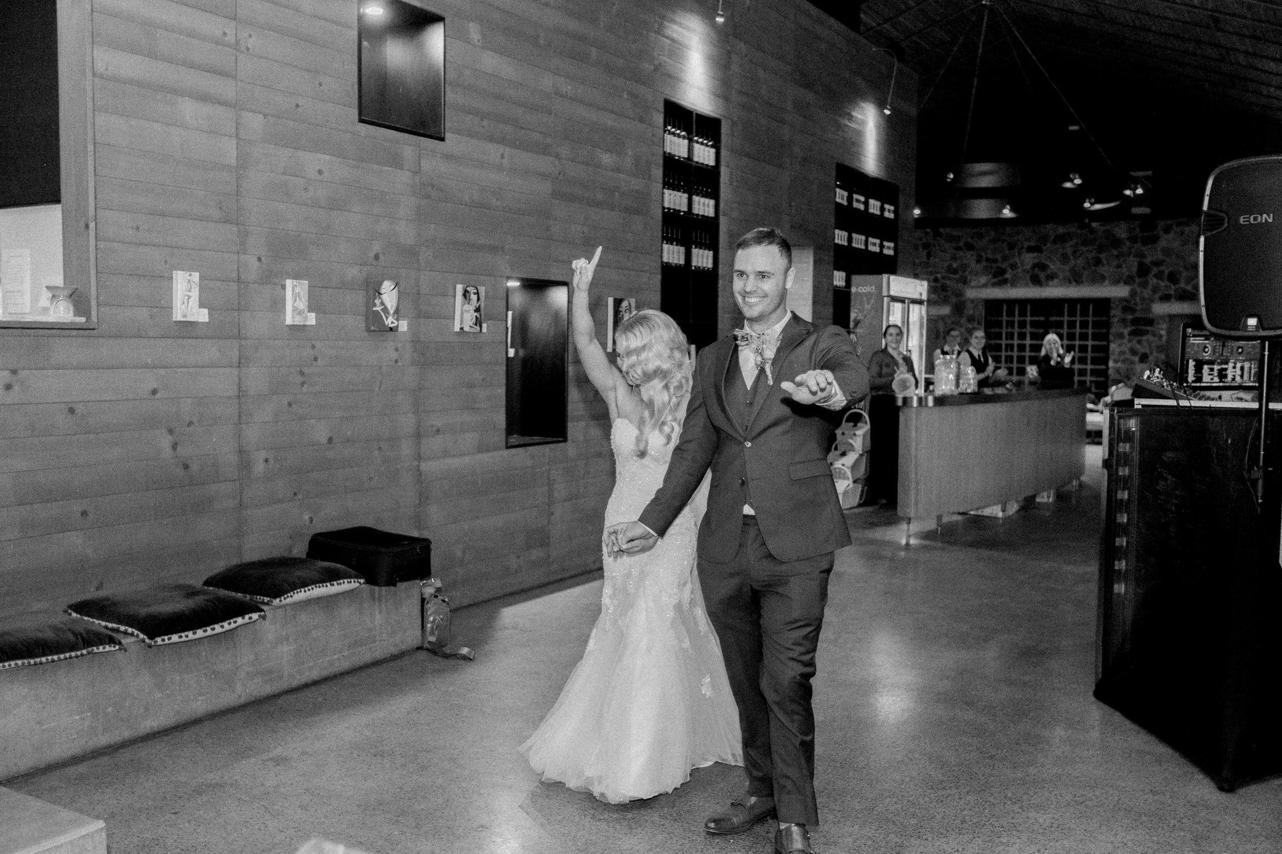 Kooroomba-Vineyard-Lavender-Farm-Wedding-Fine-Art-Lauren-Olivia-71.jpg